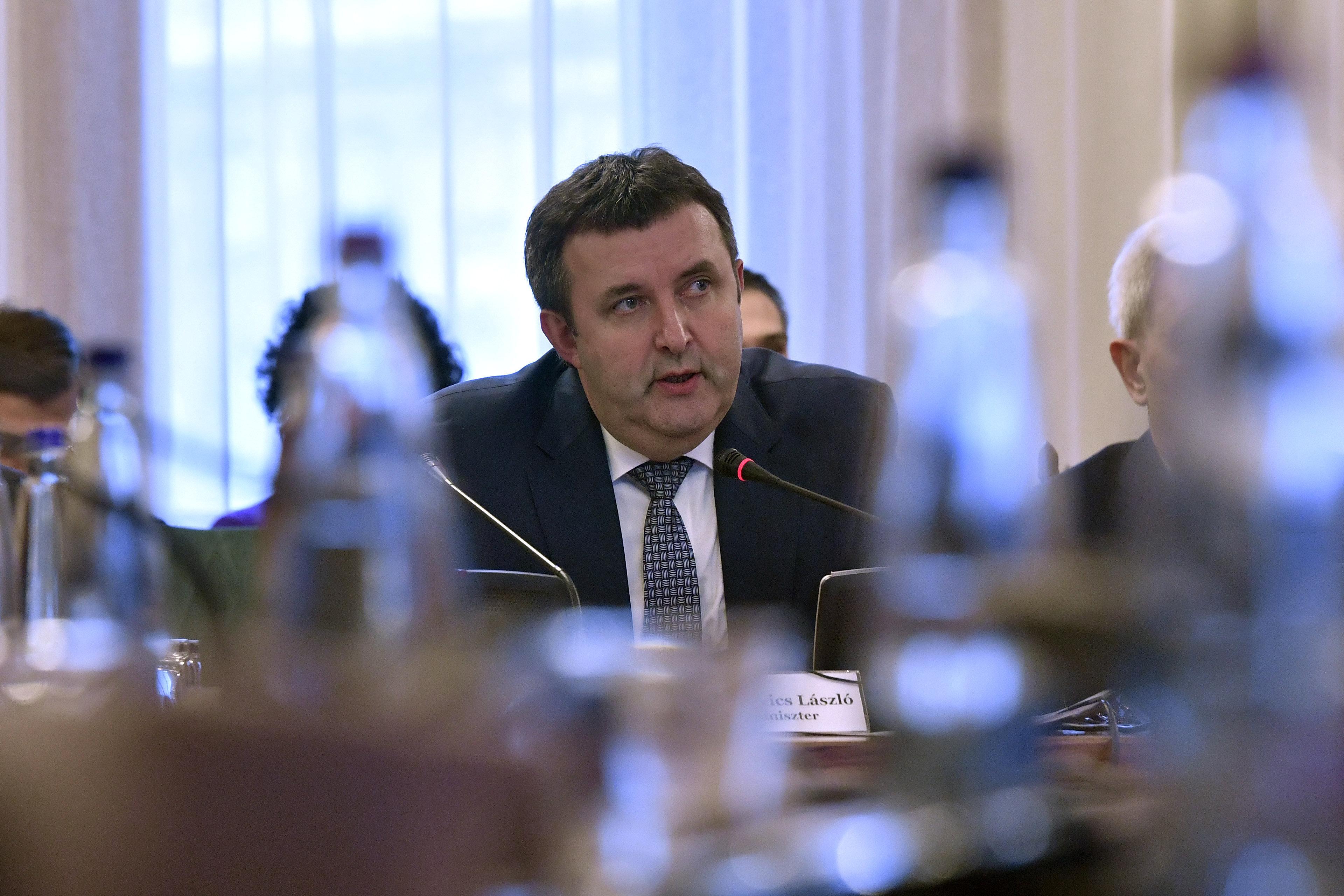 Minisztériumi vizsgálatot kérnek a nyertes kutatók az OTKA-pénzek elosztása miatt