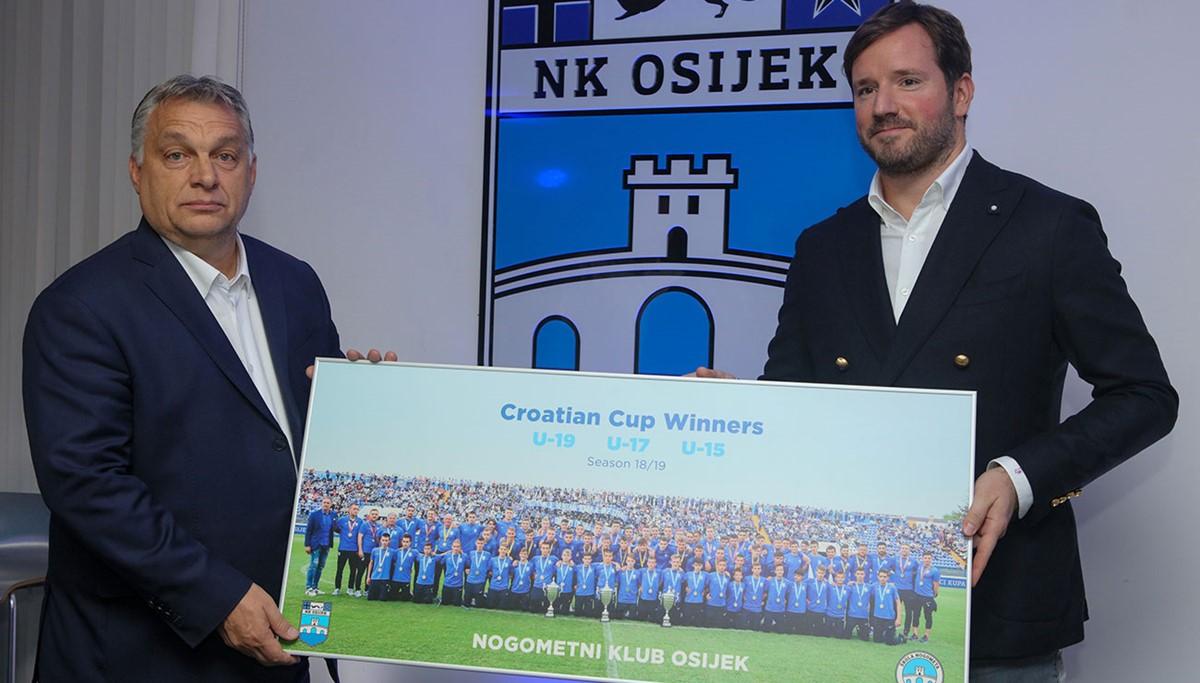Orbán Viktor nagyon elégedett Mészáros Lőrinc horvát focicsapatával, amit több milliárd forinttal támogat közpénzből a magyar kormány