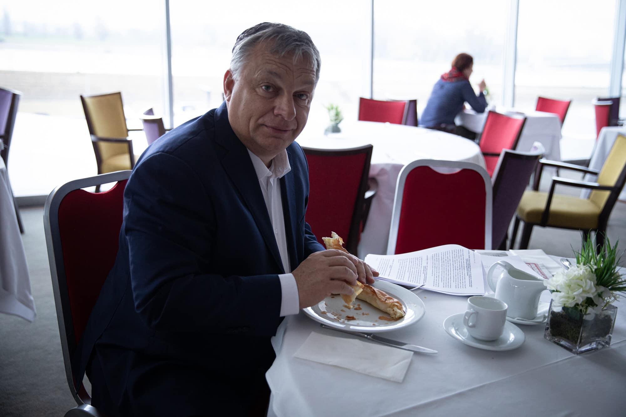 Orbán: Legyen újra Szlavónia és Baranya megye a világ közepe!