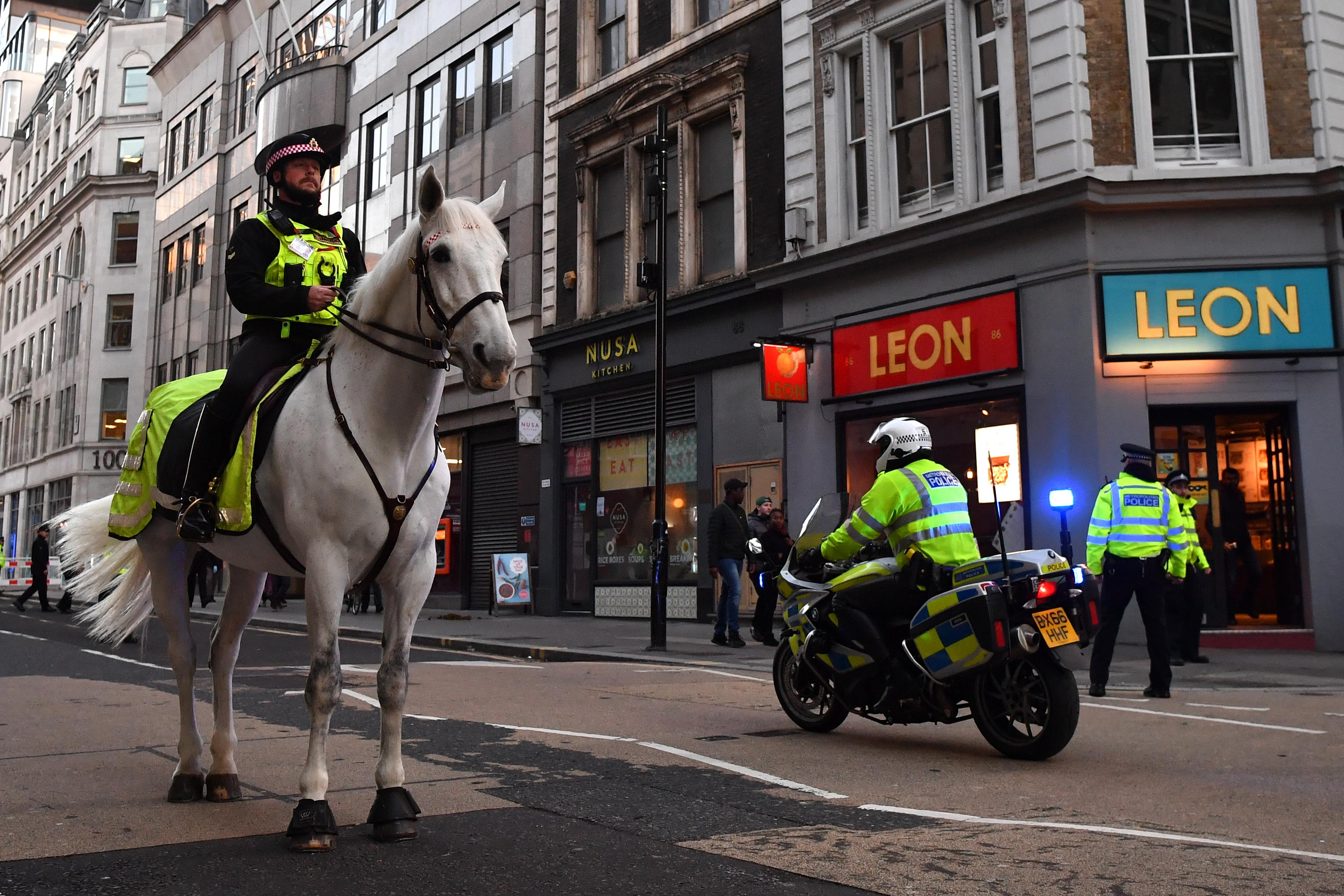 Terrortámadásként kezelik, ami a londoni hídon történt
