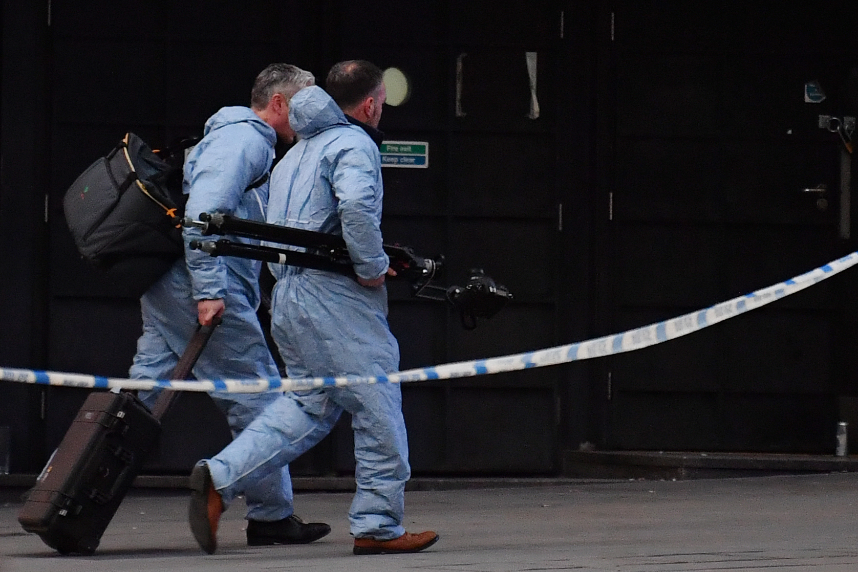 Egy terrorizmusért elítélt terrorista volt a londoni késelő