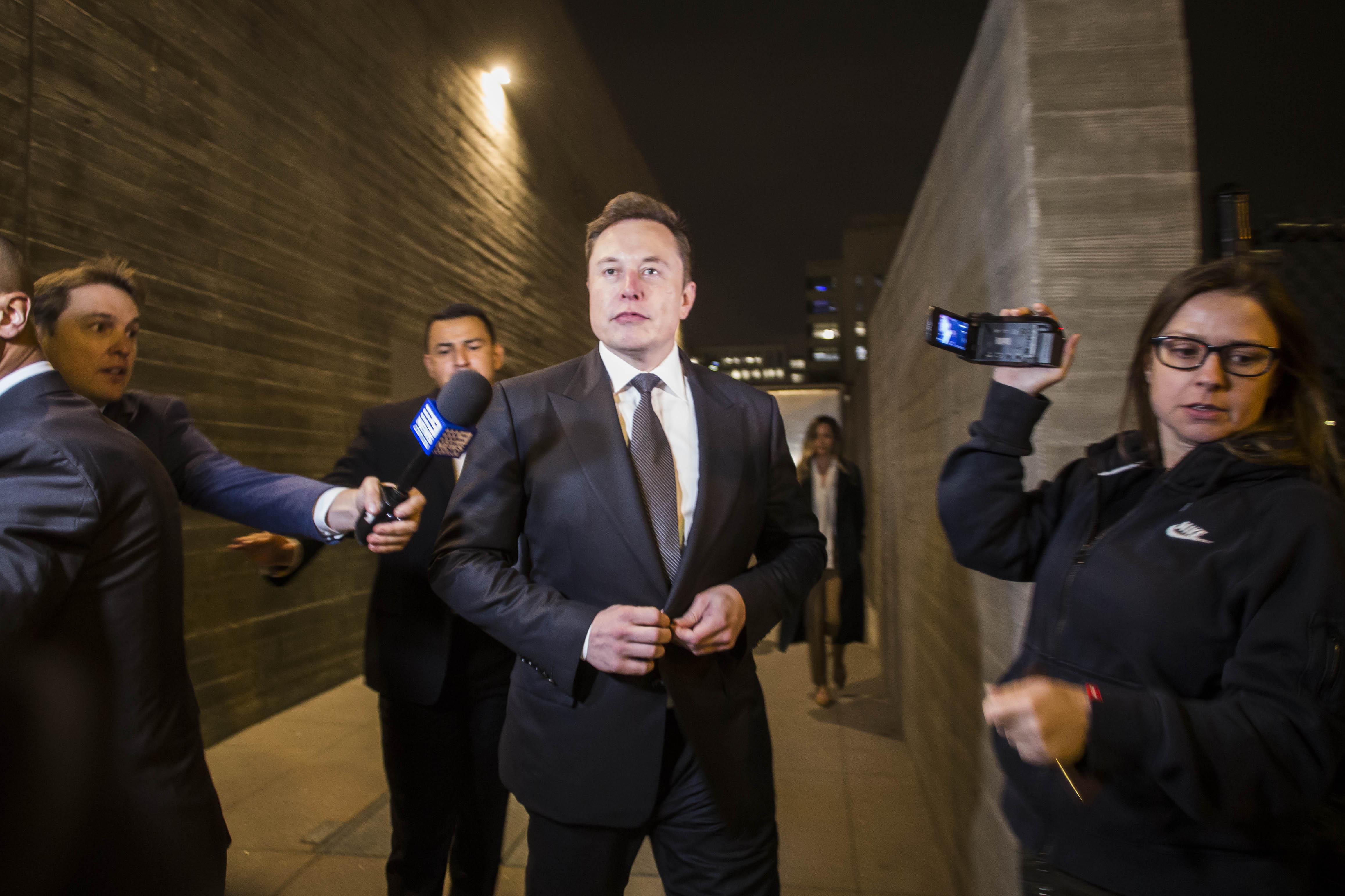 """Nem kell fizetnie Elon Musknak, amiért """"pedo guynak"""" nevezett egy búvárt"""
