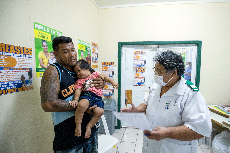 Szamoán most kiderült, hova vezet az oltásellenesség