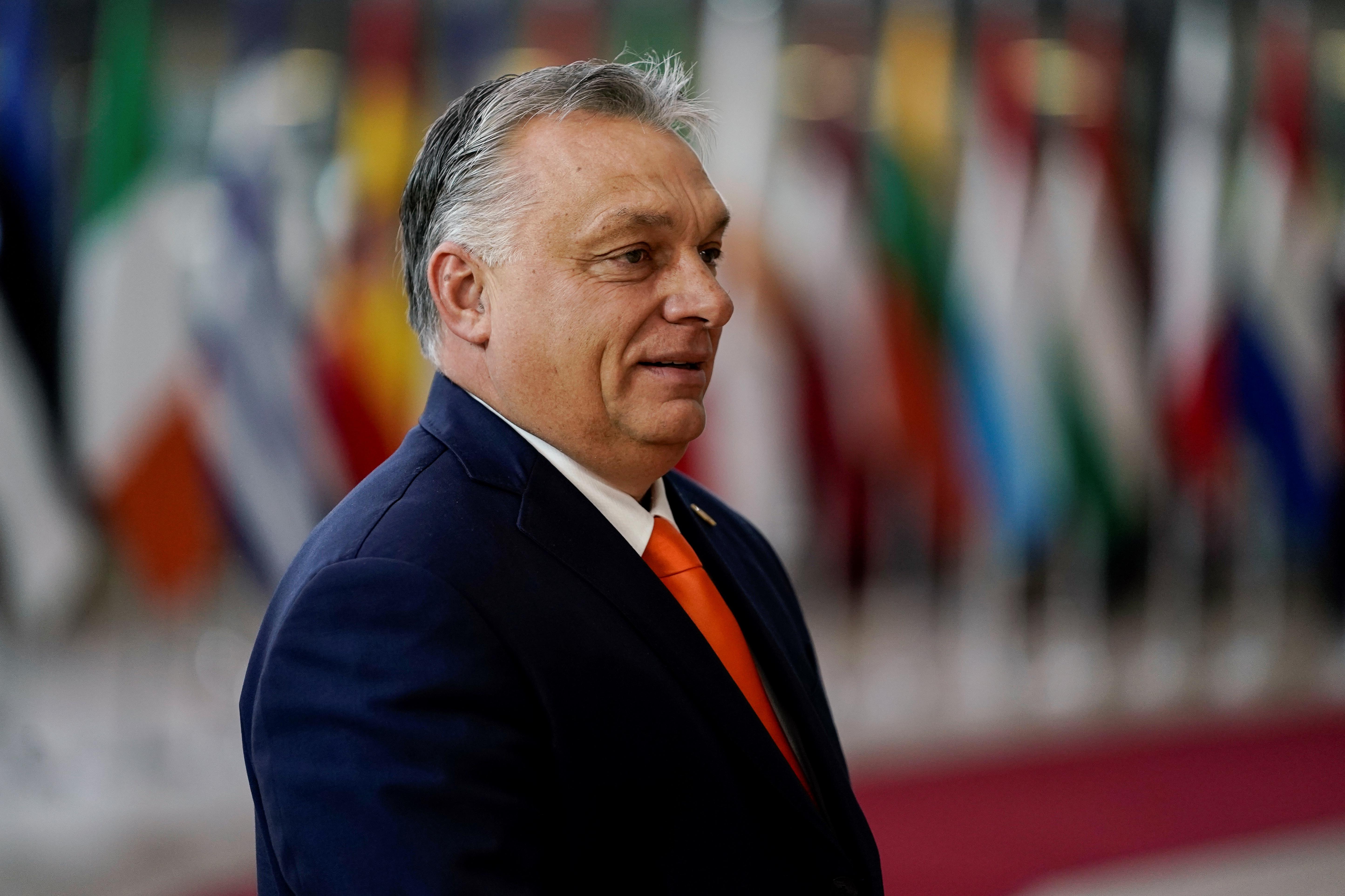 Kisinyovba utazott Orbán
