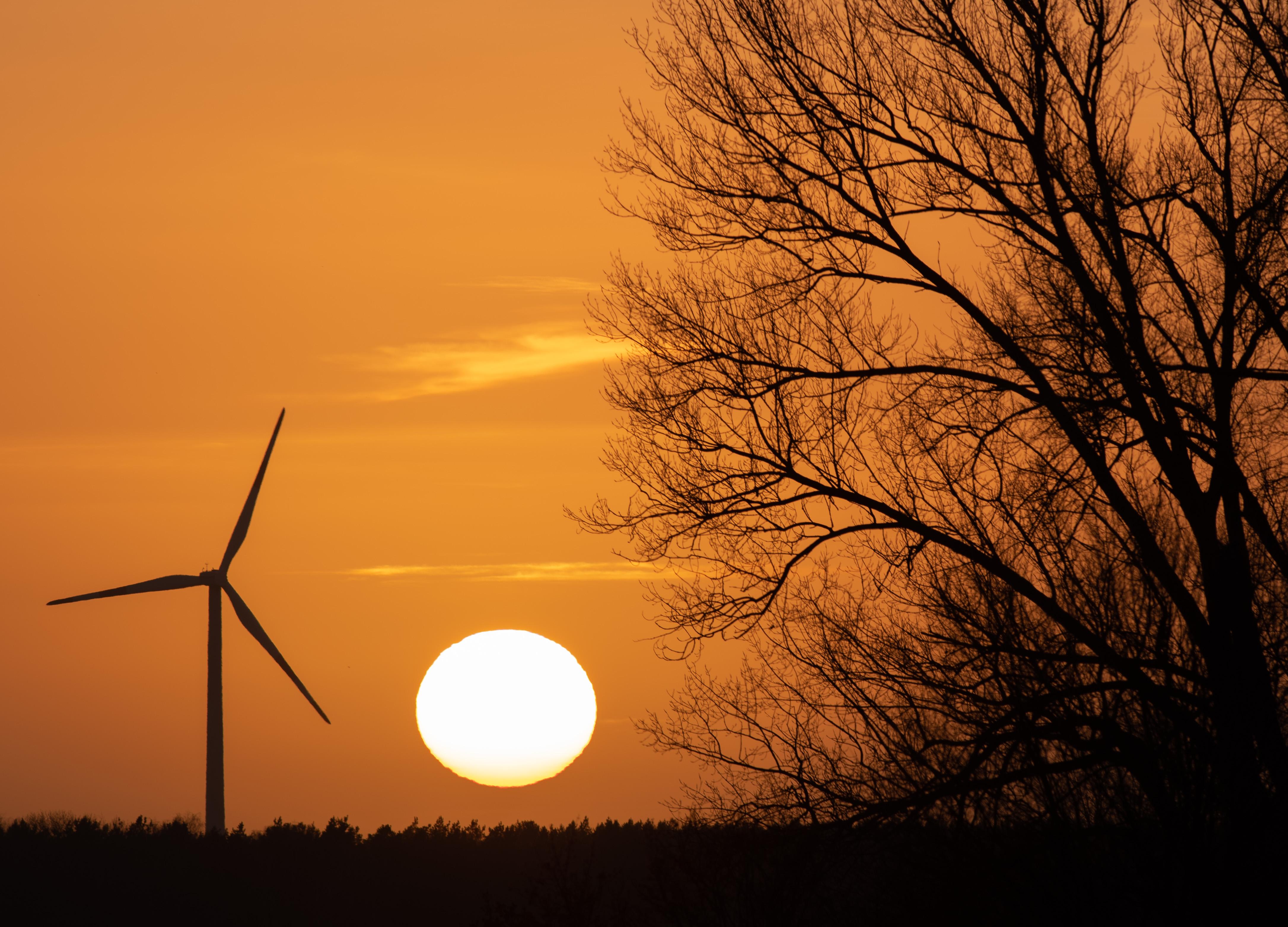 Észak-Nyugat-Magyarországon elég szél fúj, mégse lehet szélerőművet telepíteni
