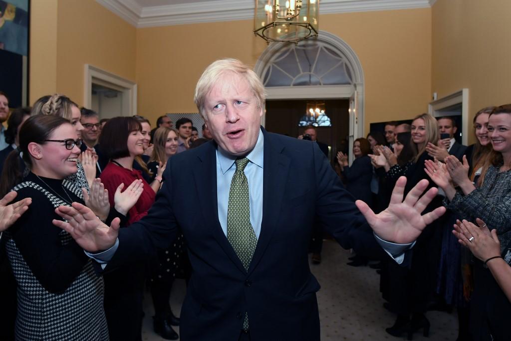 Tiltakozásból kivonultak az újságírók a brit miniszterelnök rezidenciájáról