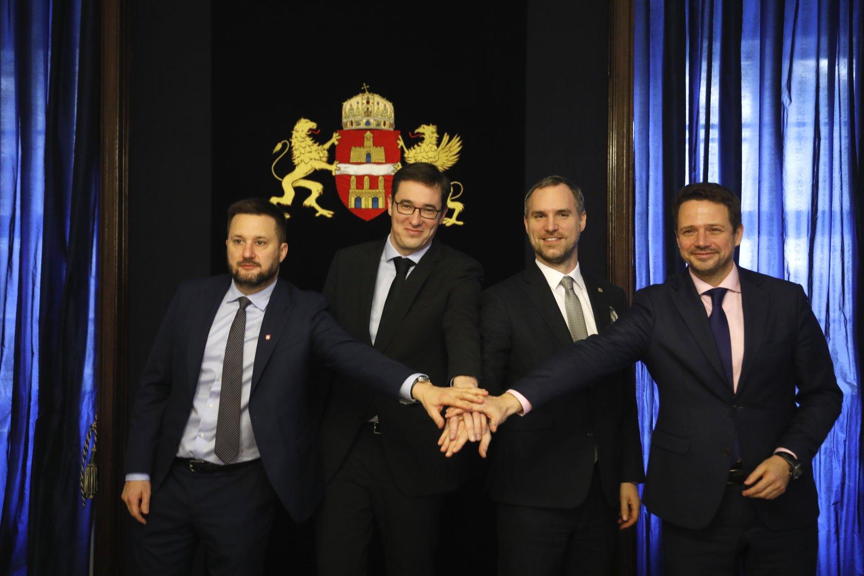 A V4-es országok főpolgármesterei felvállalták, hogy megvédik a szabadságot