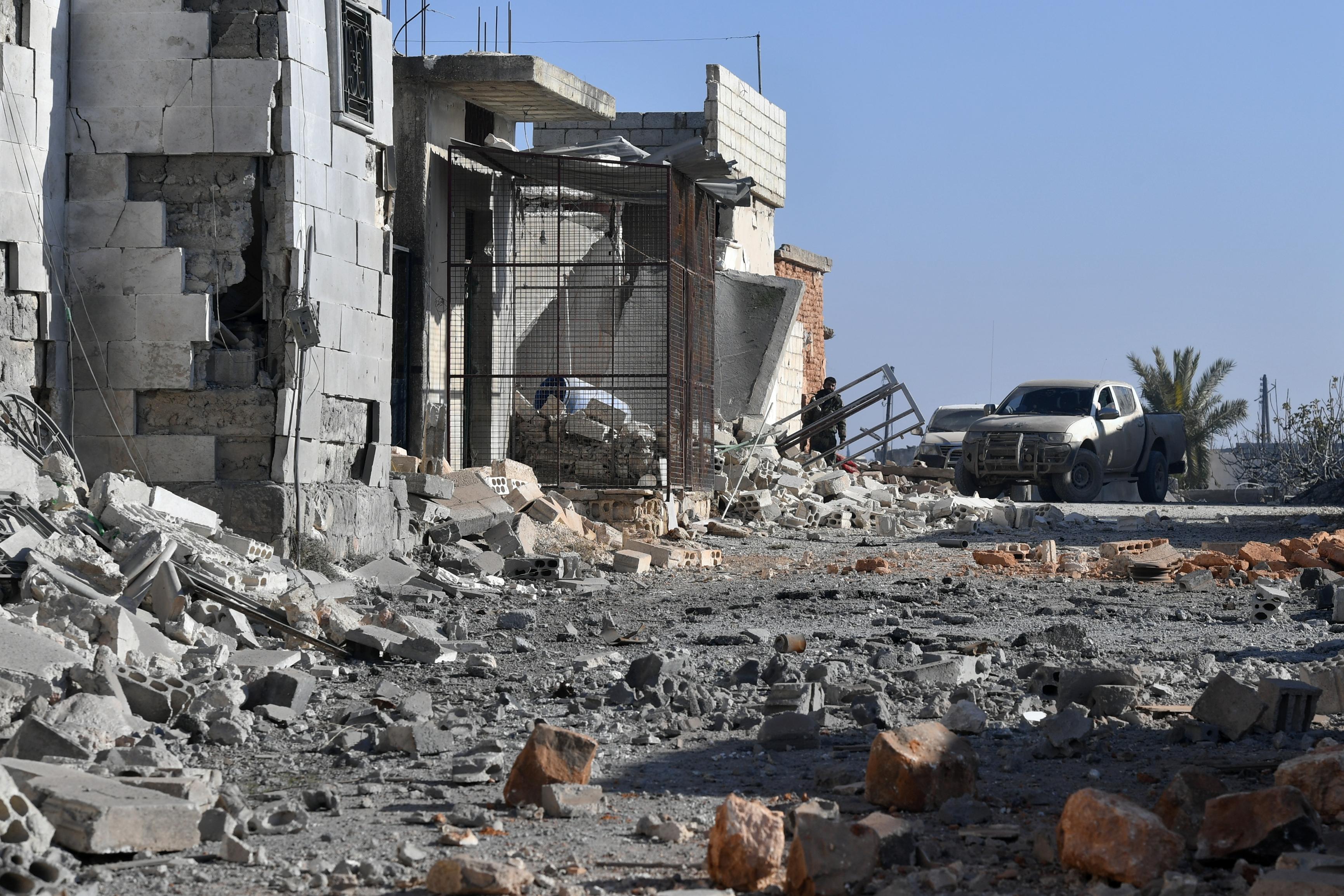Civileket bombáztak az orosz gépek Szíriában