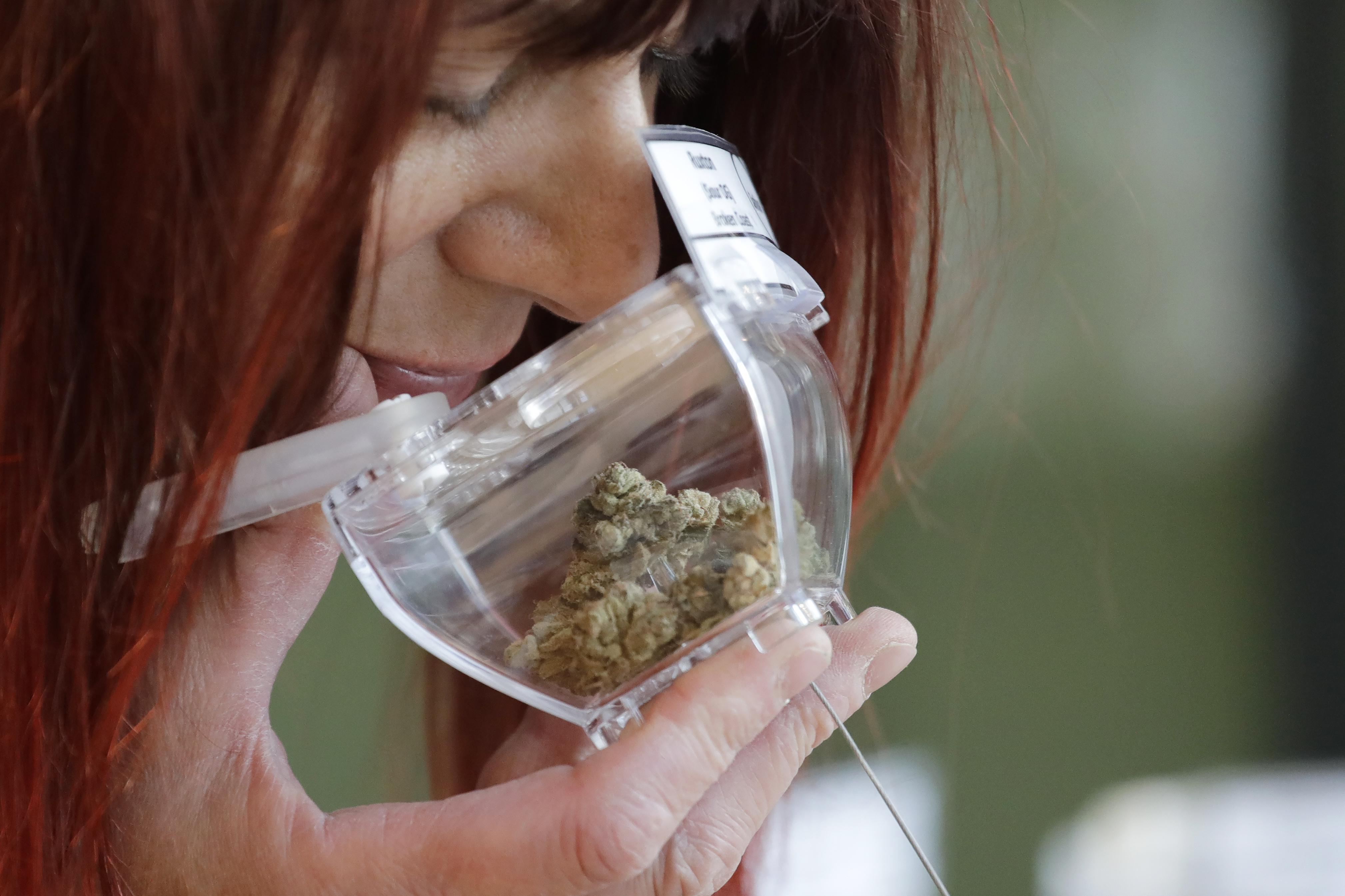 Csütörtökig várják az európaiak válaszait a kábítószerezési szokásaikról