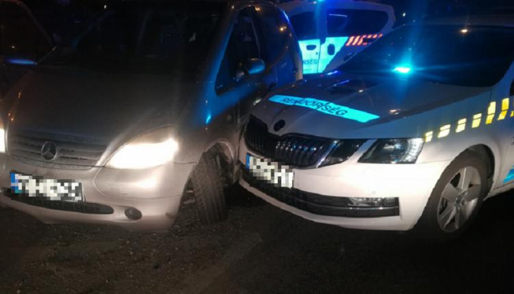 Forgalommal szemben ment, és balesetet okozott az M0-son egy 36 éves román nő