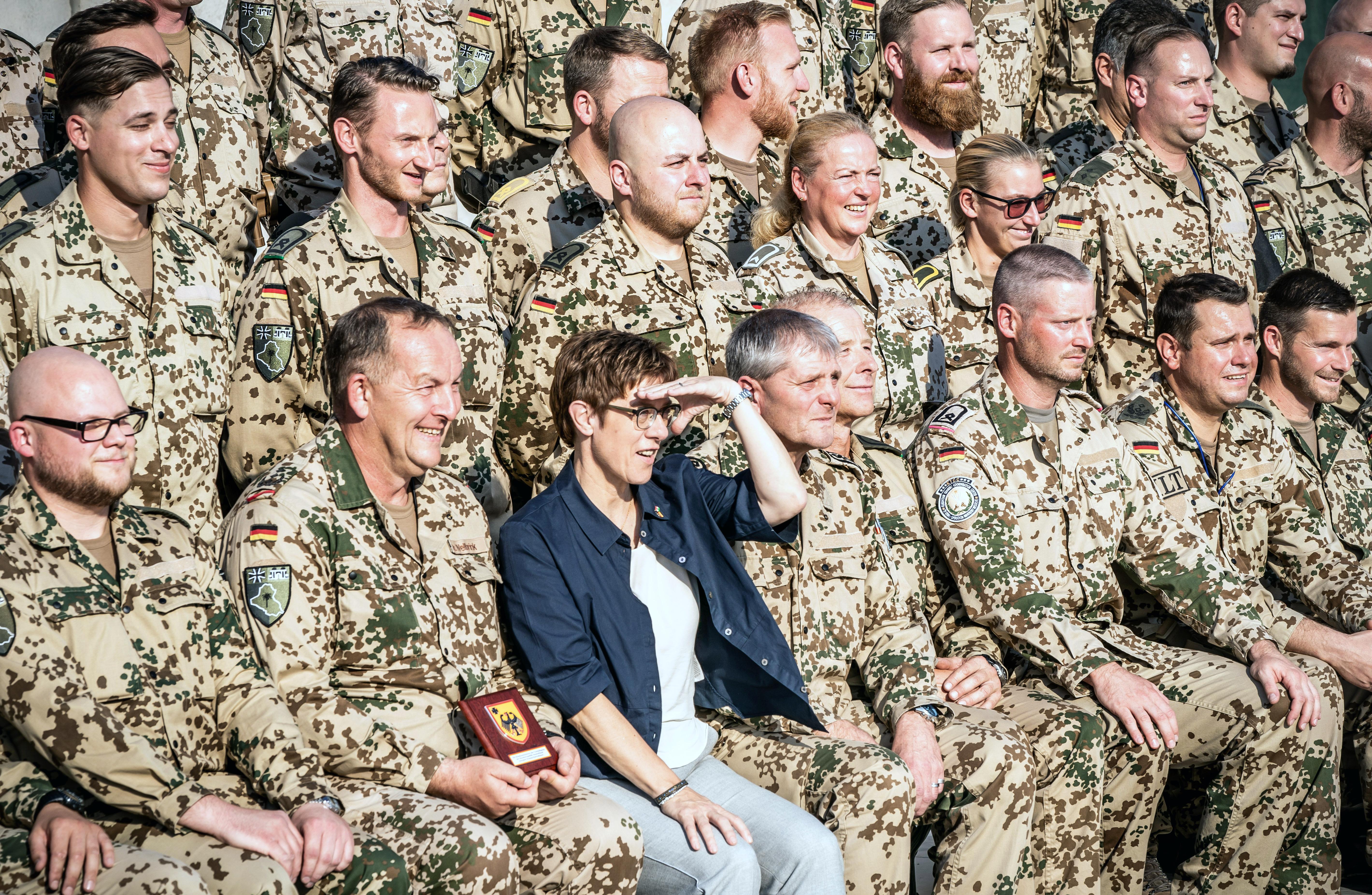 Németország kivonja csapatai egy részét Irakból