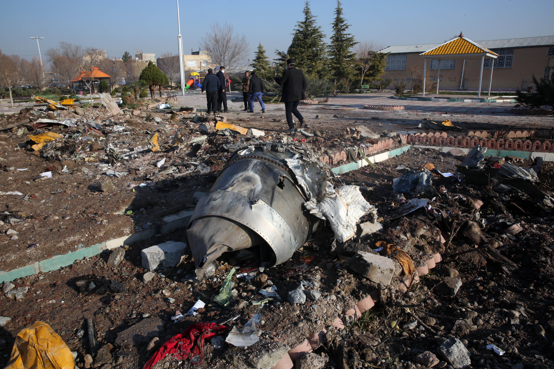 Irán nem hajlandó átadni a véletlenül lelőtt utasszállító feketedobozát