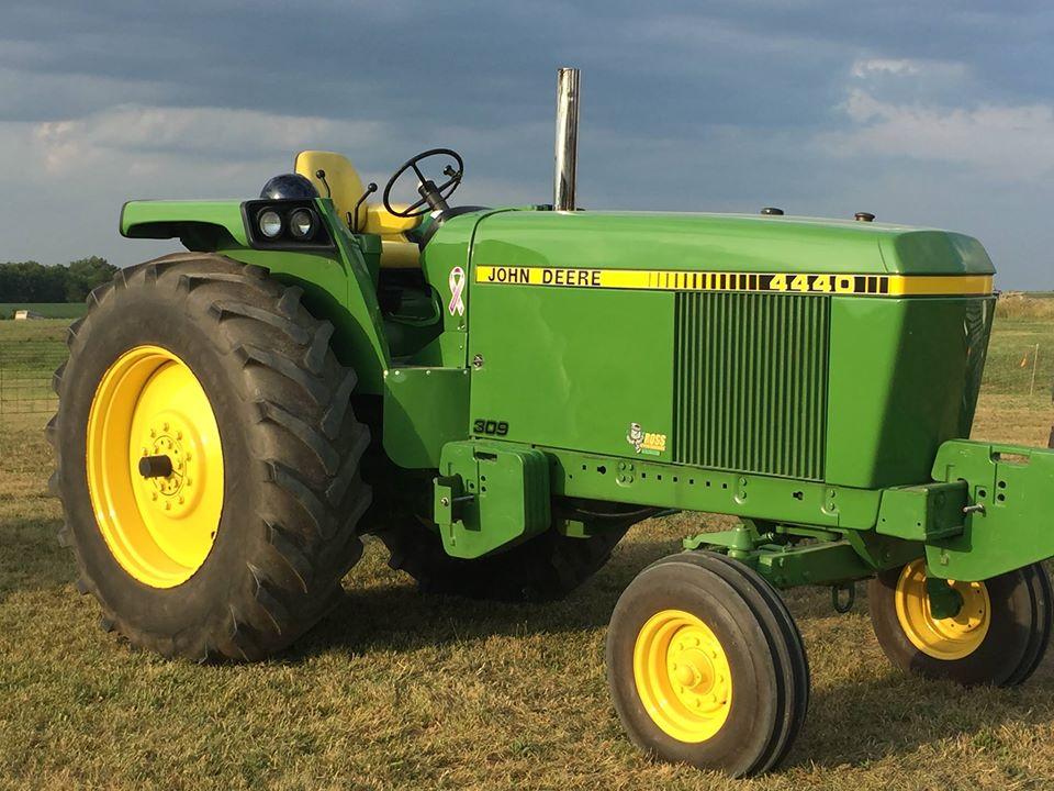 40 évvel ezelőtti traktorok tarolnak az amerikai gazdáknál