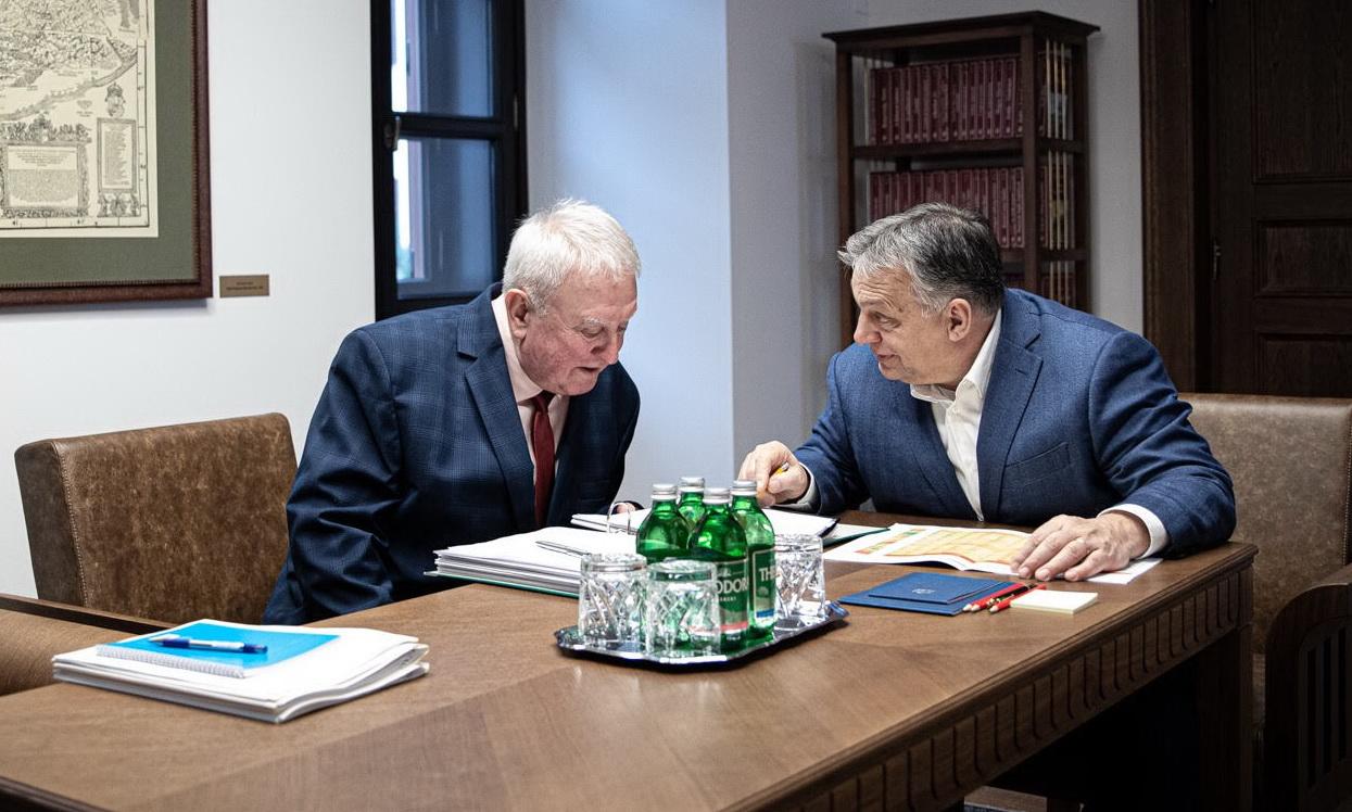 Gyula fideszes képviselője kiállt a helyi ellenzékit rémhírterjesztésért feljelentő fideszes polgármester mellett