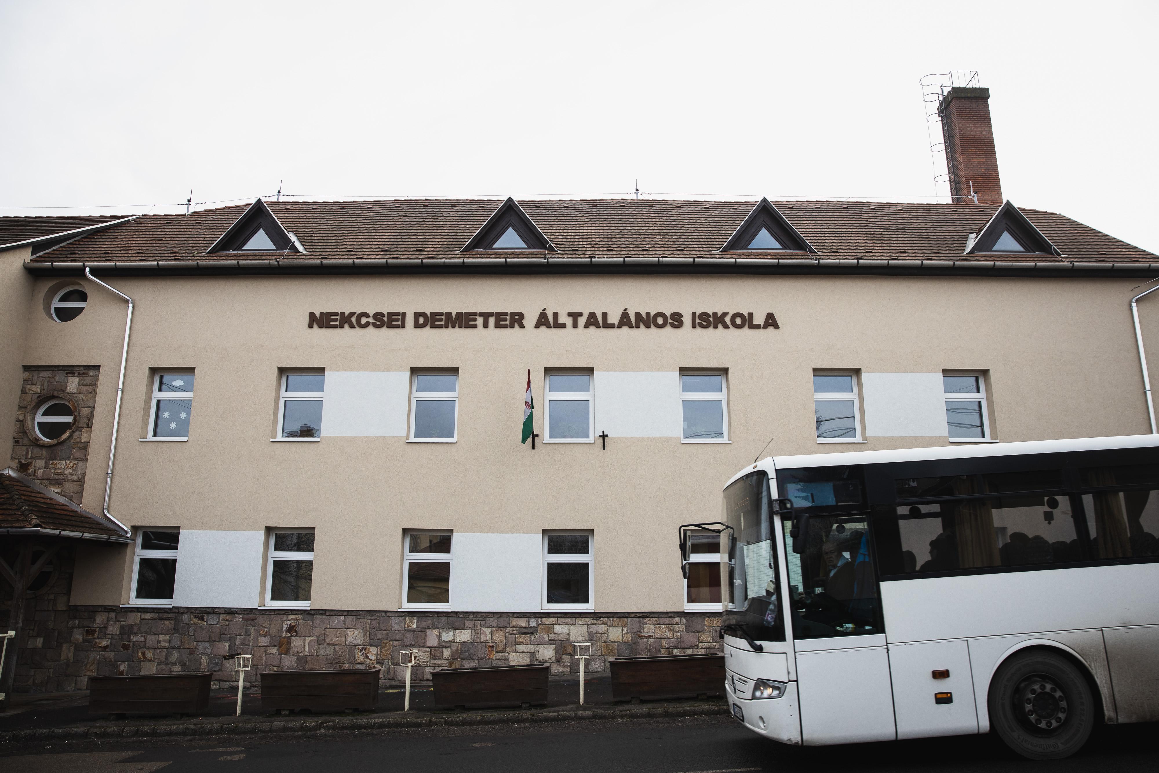 Döntött a Kúria: jár a kártérítés a szegregált gyöngyöspatai diákoknak