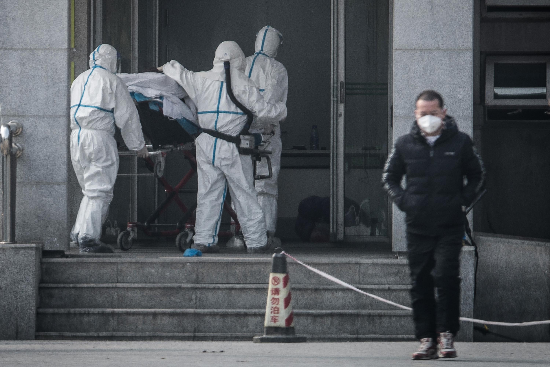 Tényleg emberről emberre terjed a kínai koronavírus