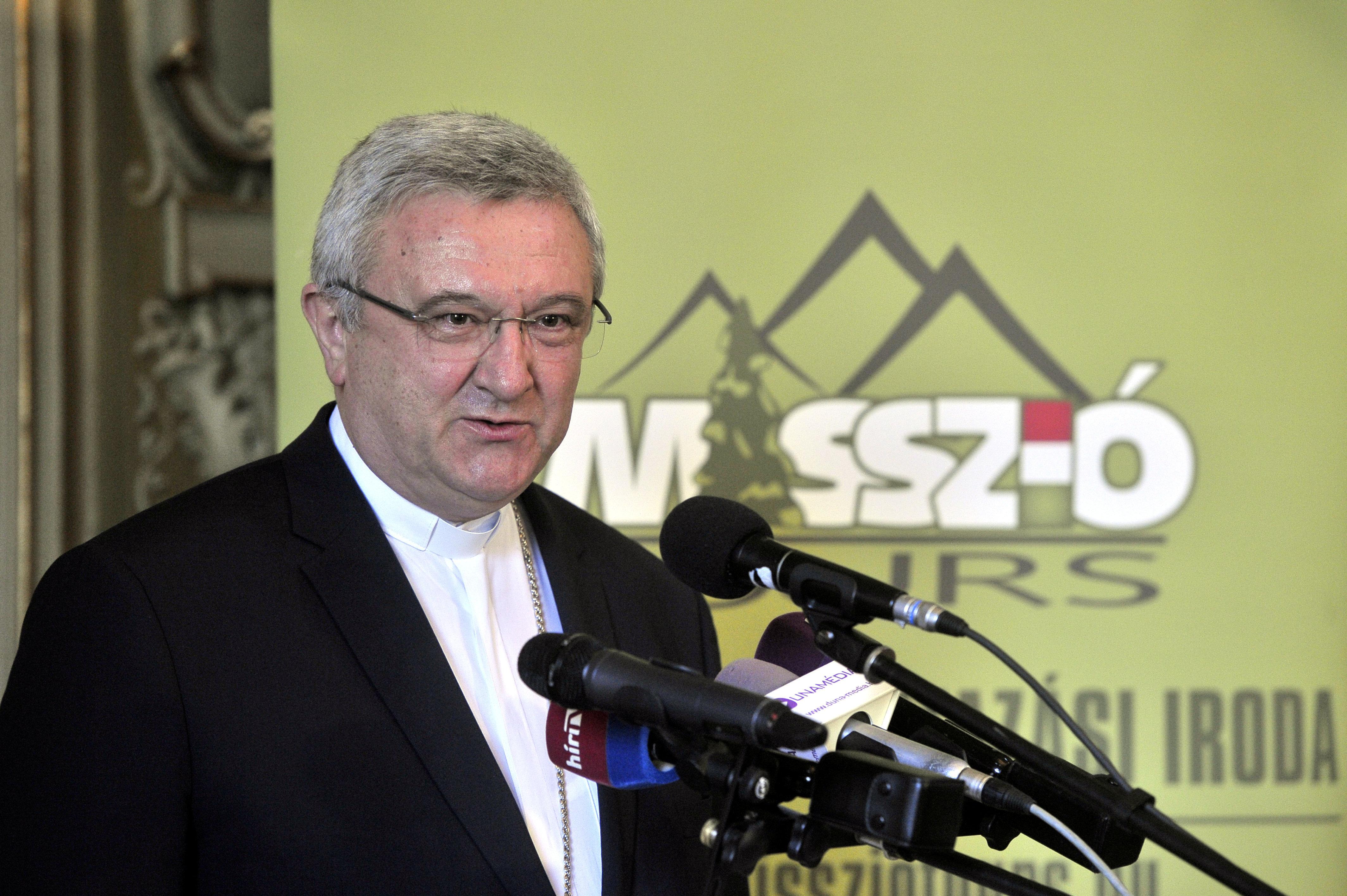 A püspöki kar elnöke kiiktatná a lombikprogramot