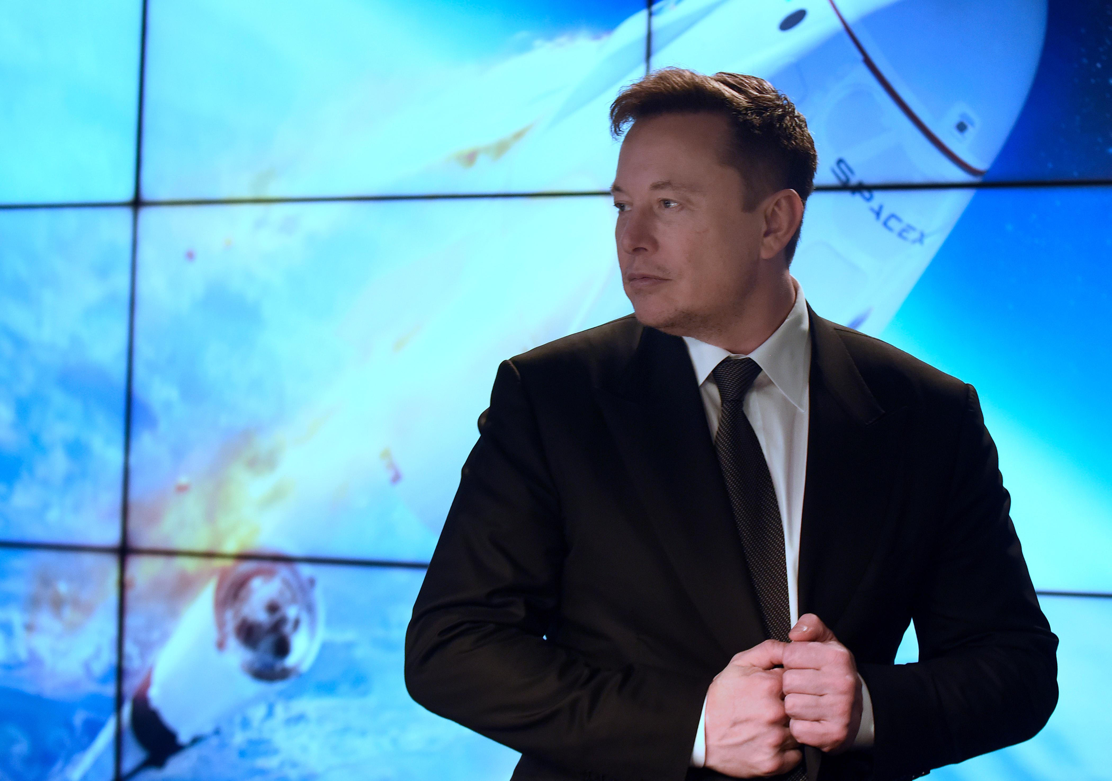Már Elon Musk a világ második leggazdagabb embere a Bloomberg szerint