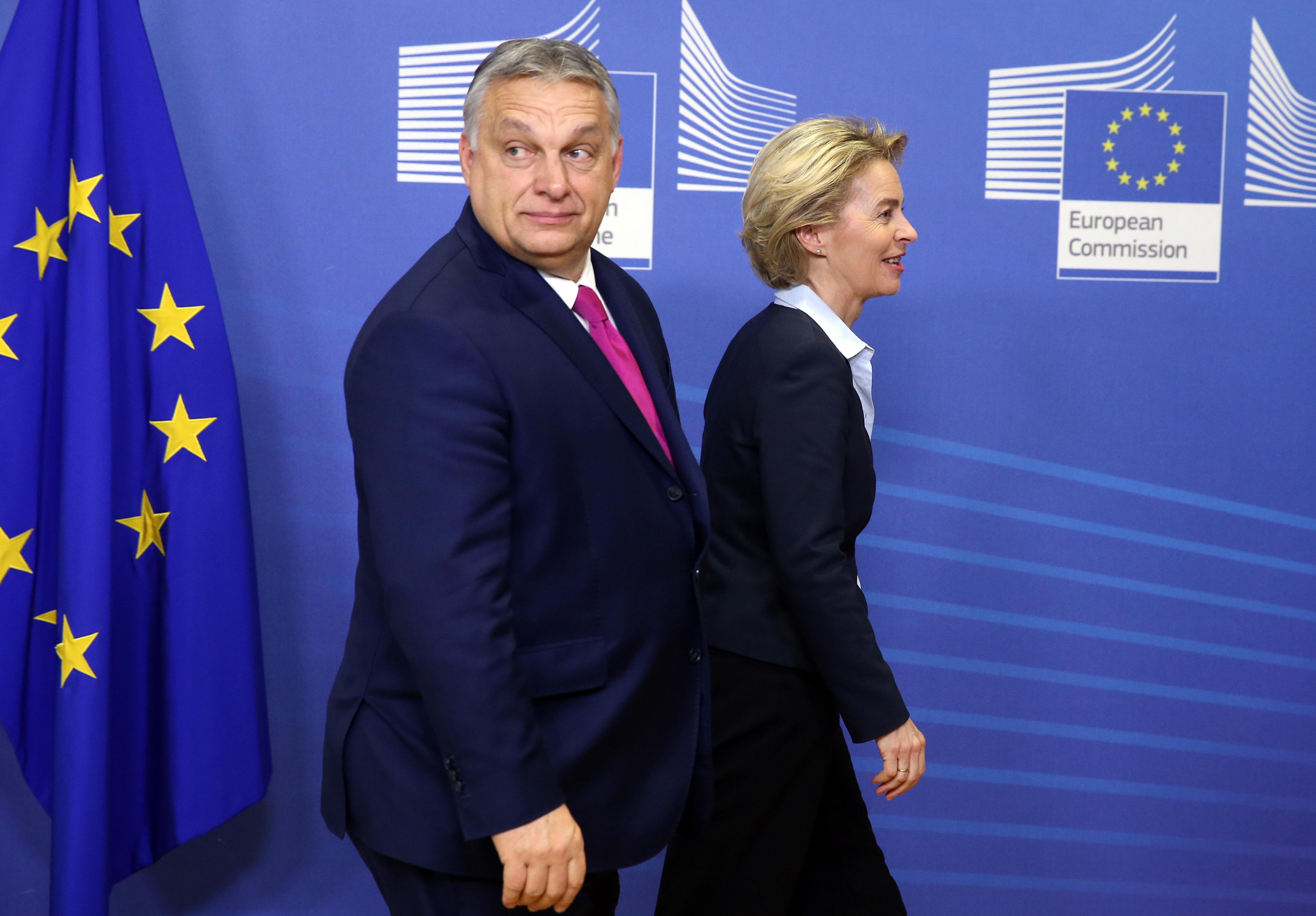 Orbán Brüsszelbe megy pénzt intézni pénteken
