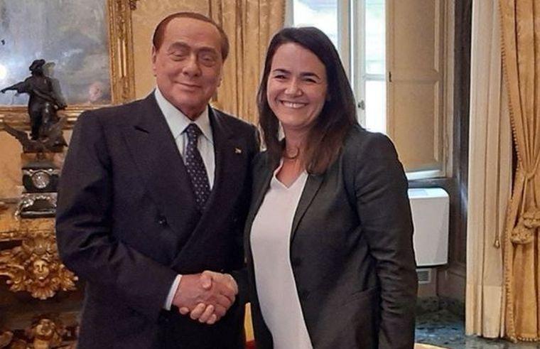 Jávor Benedek ungabungázott egyet Berlusconi és Novák Katalin találkozója apropóján