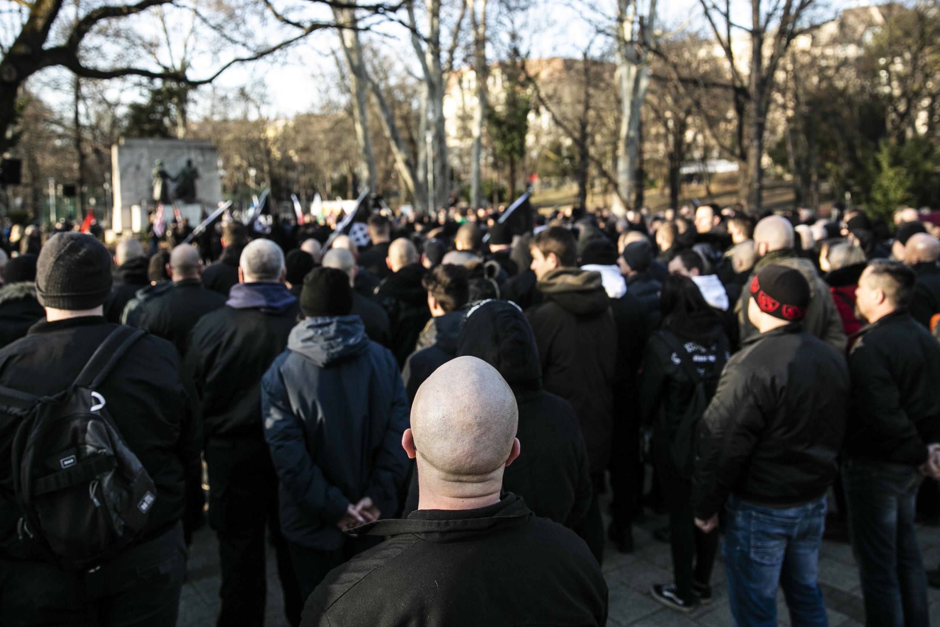 Amikor a Fidesz még távol akarta tartani a neonácikat Budapesttől