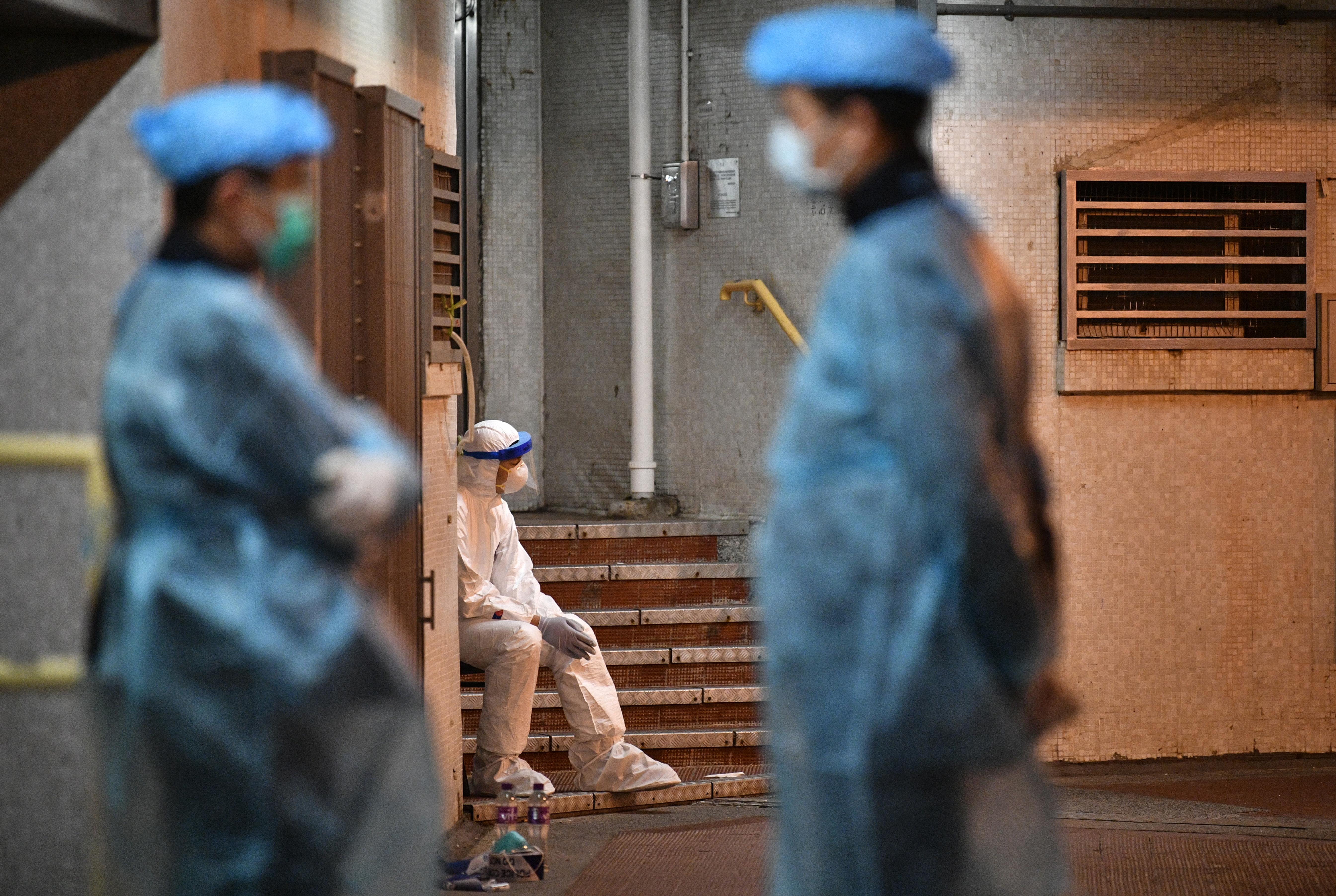 Újra megfertőzött a koronavírus egy hongkongi férfit, 4,5 hónappal a felépülése után