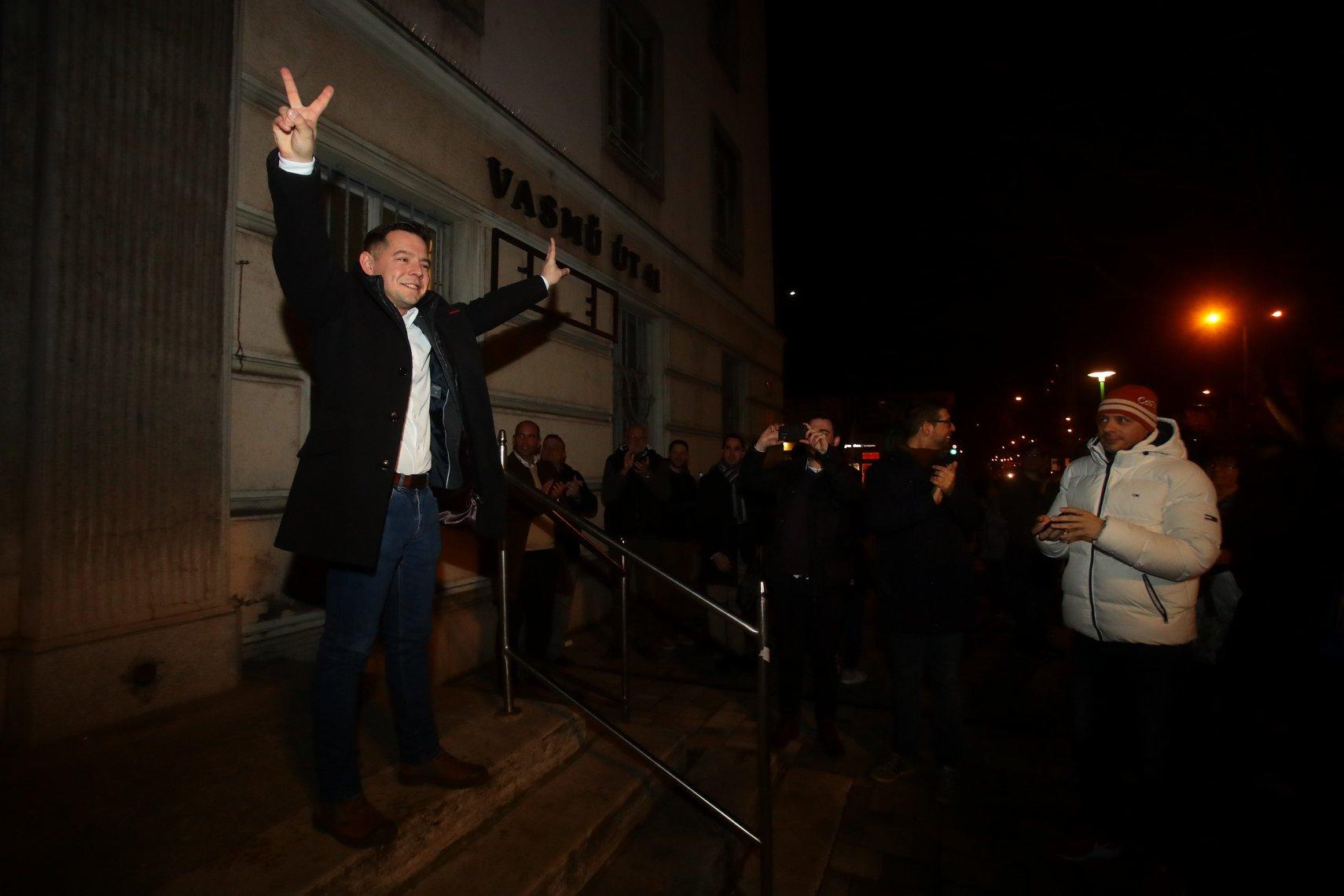 Első nekifutásra kiválóan működött az ellenzéki összefogás parlamenti változata