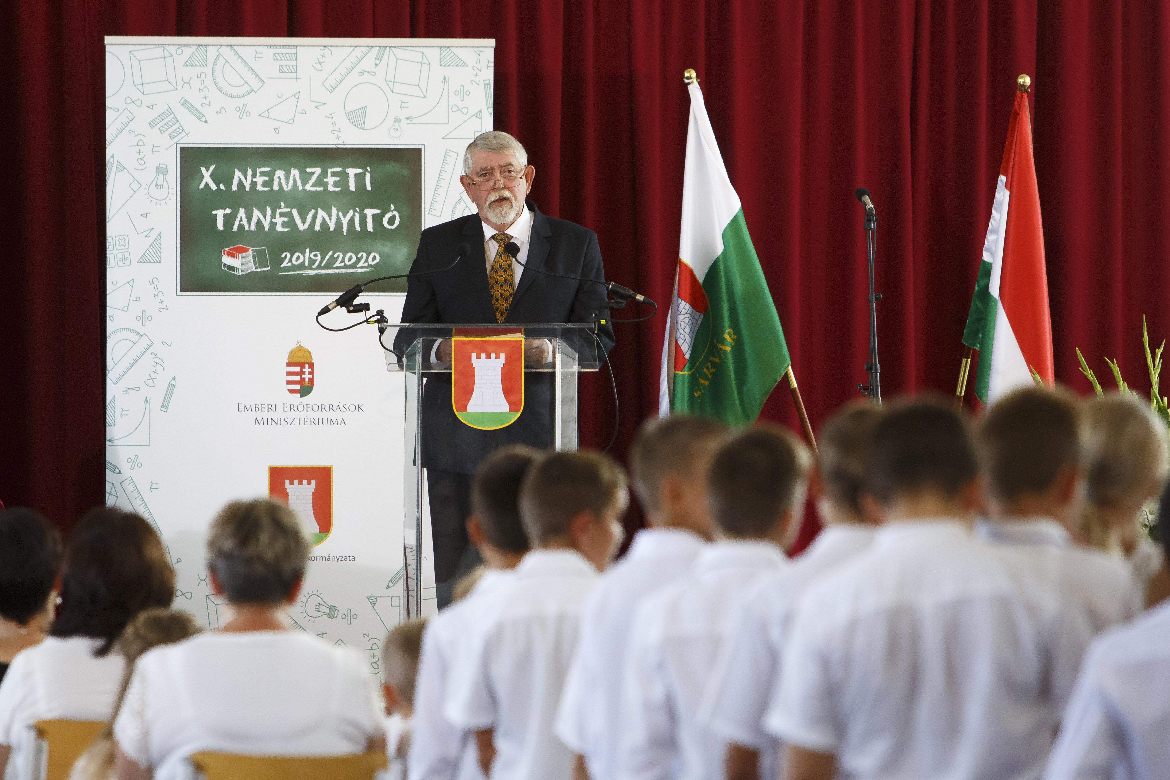 """""""A Nat 2020 az irodalomtanítás Mohácsa"""""""