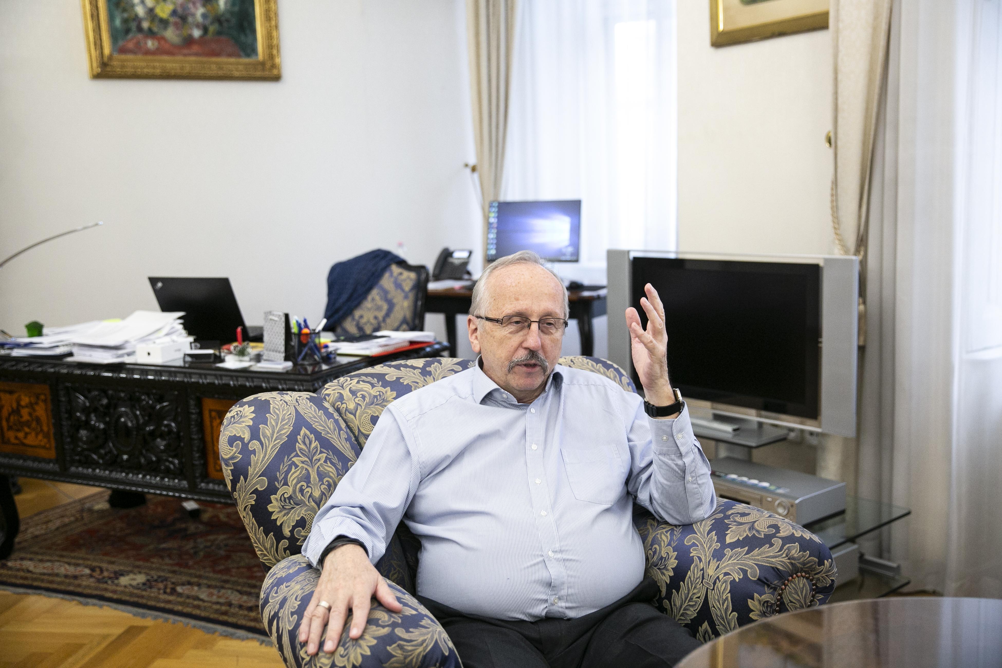 Niedermüller feljelentést tett egy 800 milliós ingatlanpanama miatt, ami még a fideszes városvezetés alatt történhetett