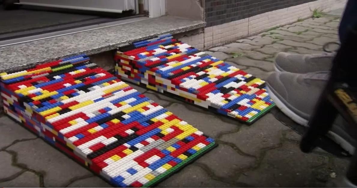 Egy német nagymama legóból épít rámpákat a kerekesszékeseknek