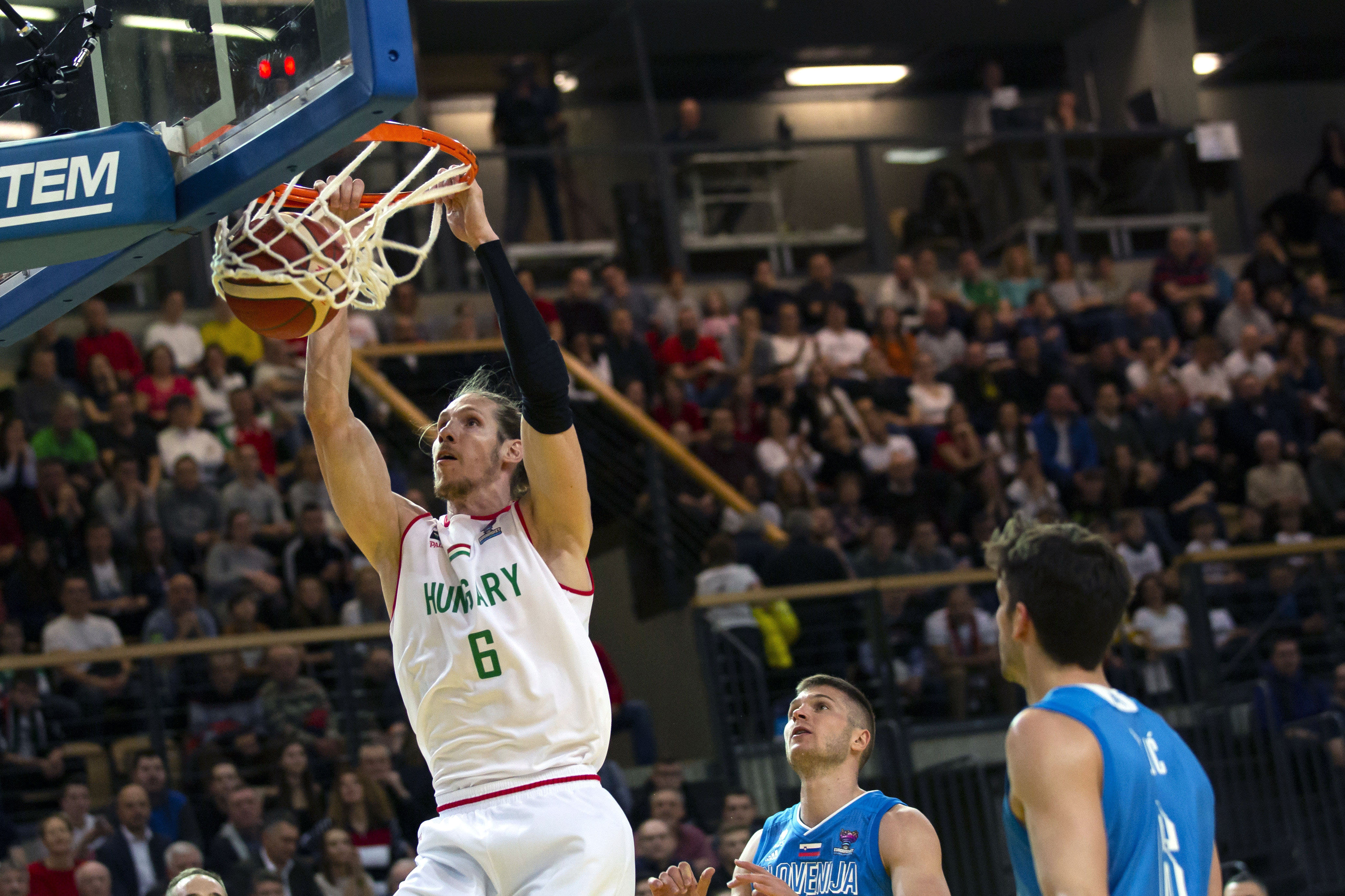 A magyar férfi kosárlabda-válogatott legyőzte a címvédő szlovénokat az első EB-selejtezőn