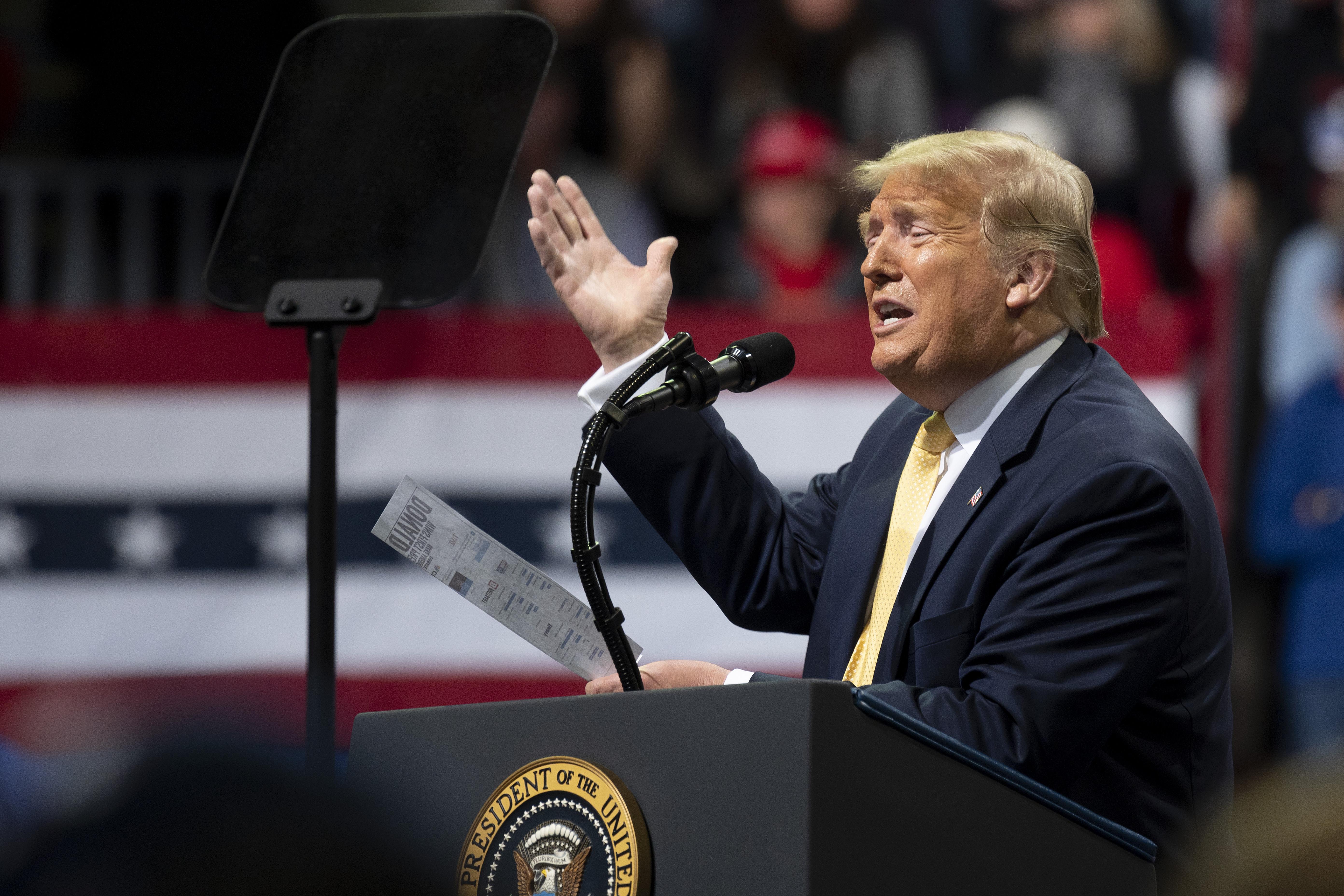 Az amerikai hírszerzés szerint az oroszok Trump érdekében készülnek beavatkozni az elnökválasztáson