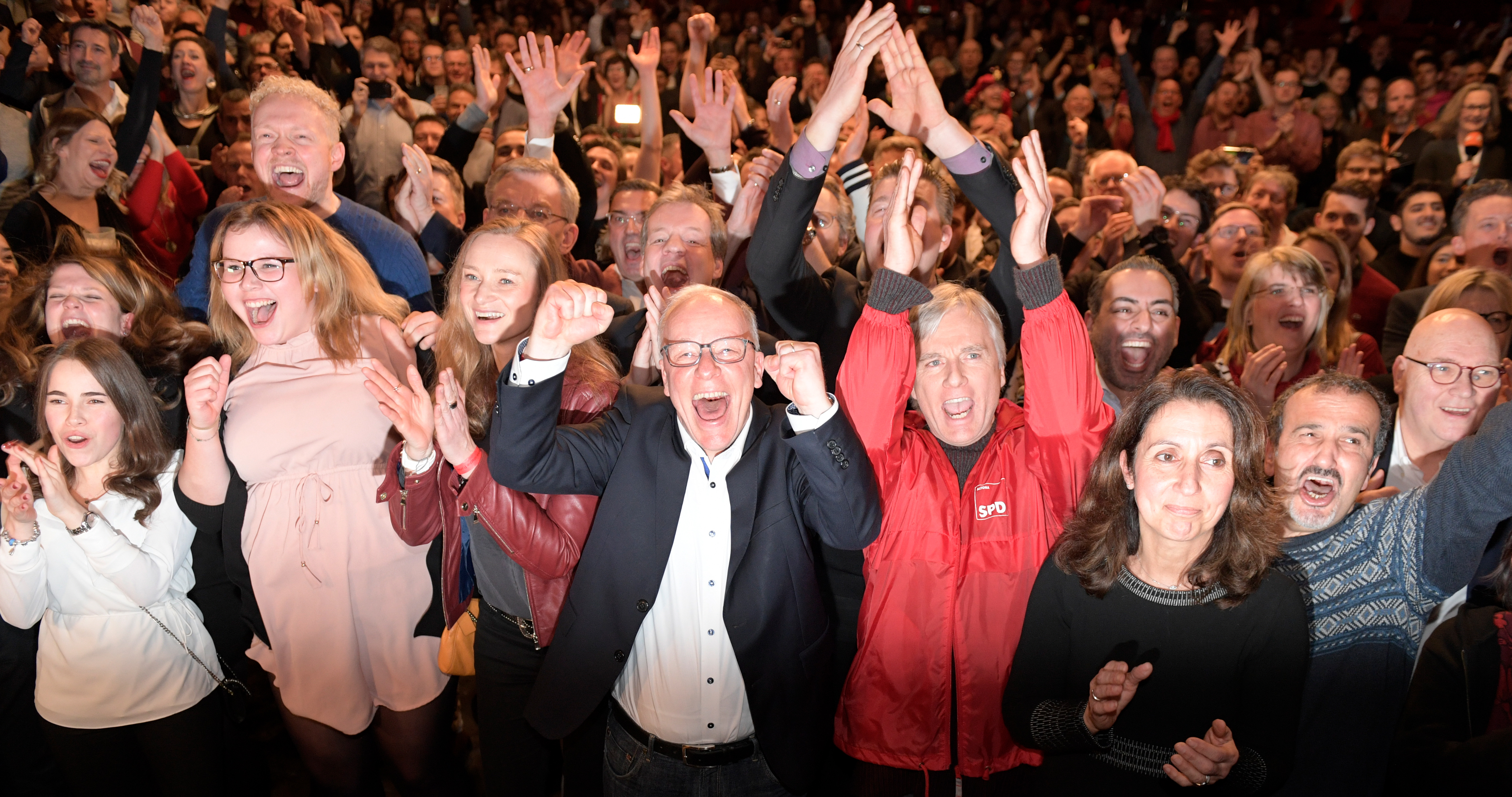 Exit poll: Hamburgban a szociáldemokraták nyertek, az AfD kiesett a tartományi parlamentből