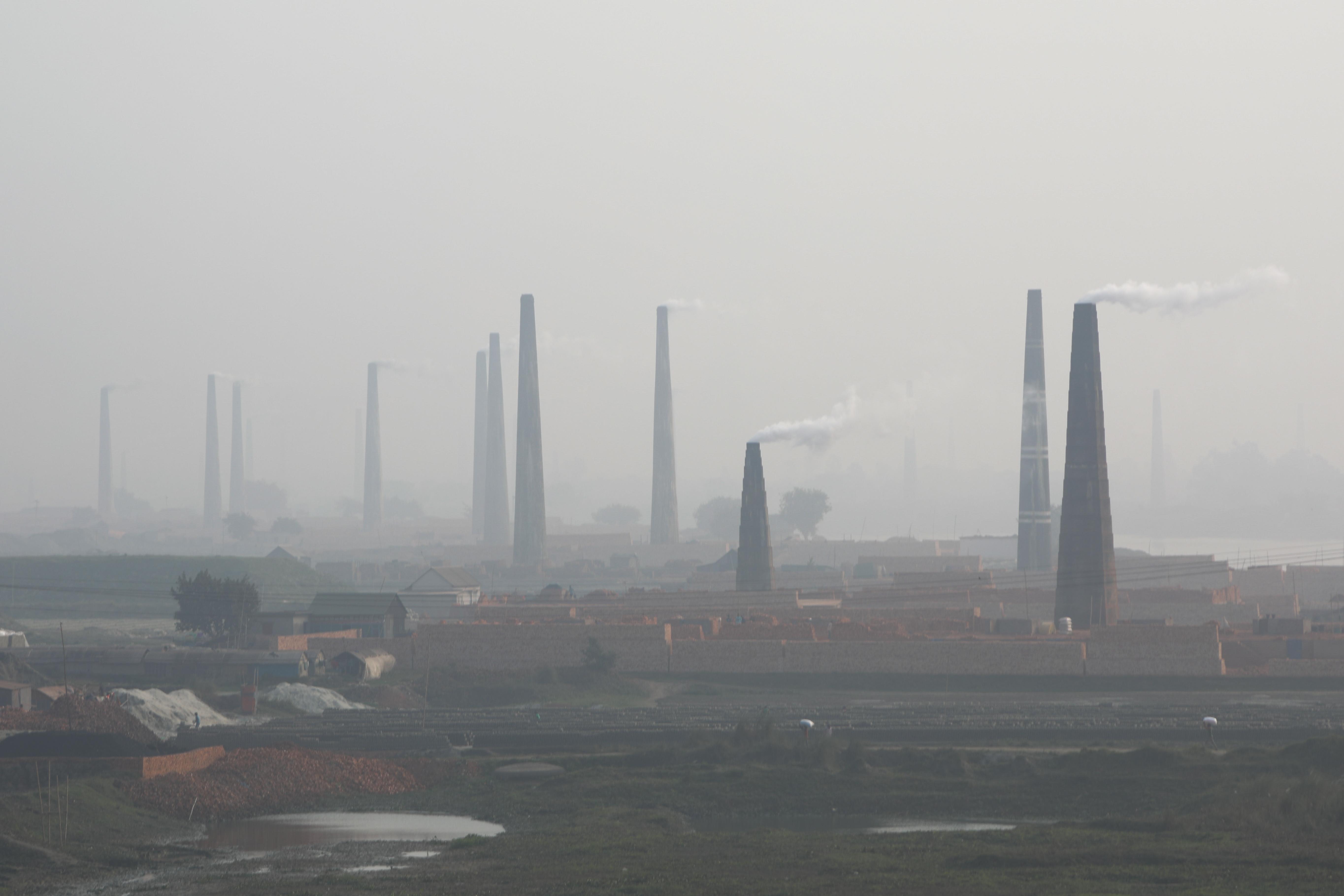 A kemény tavaszi visszaesés után gyorsan jön fel újra az üvegházgáz-kibocsátás