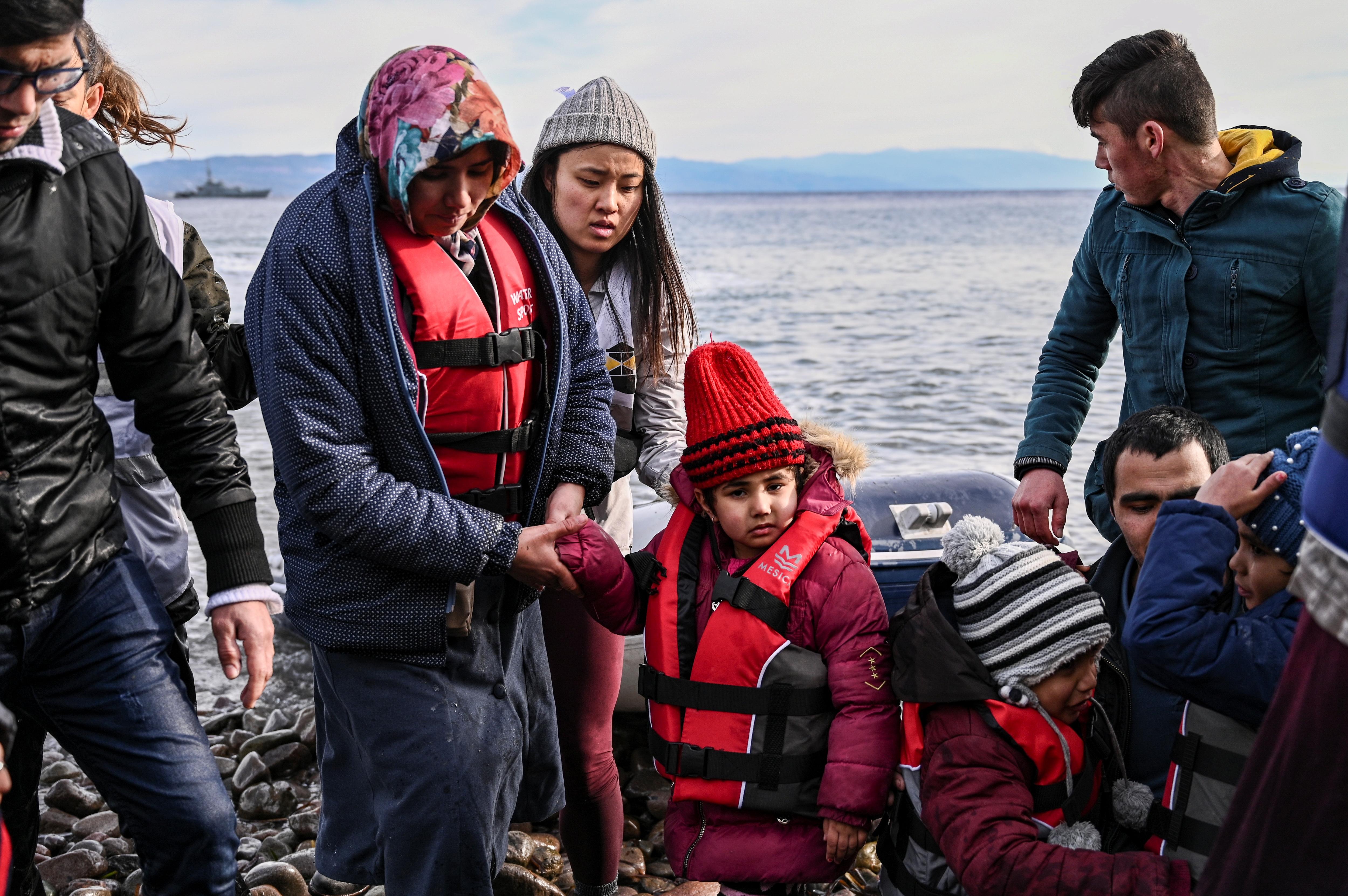 Törökország nem tudja többé feltartóztatni a Szíria felől érkező menekülteket
