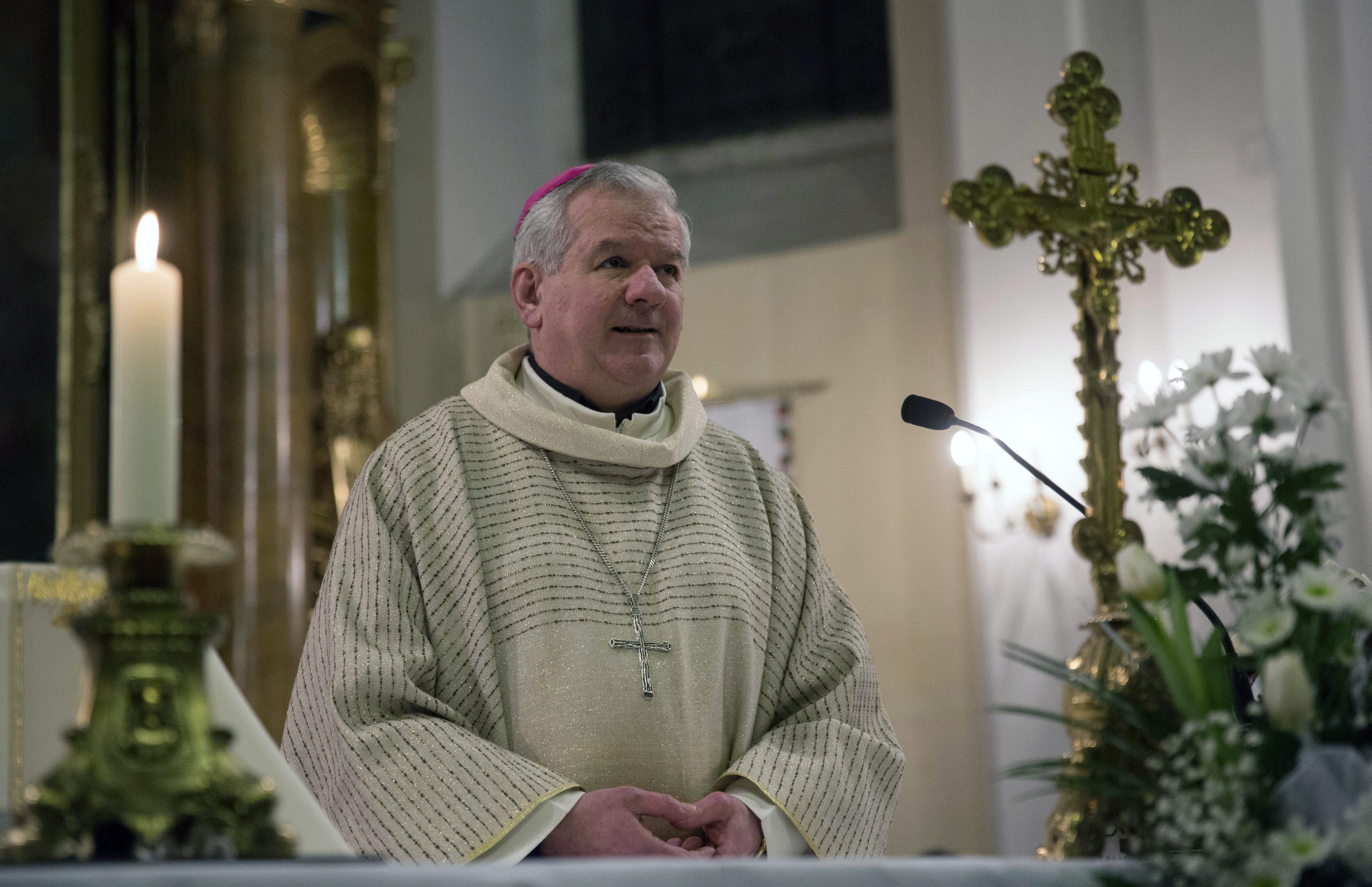 Semmilyen büntetés nem vár a papra, aki az egyházi vizsgálat szerint is molesztált
