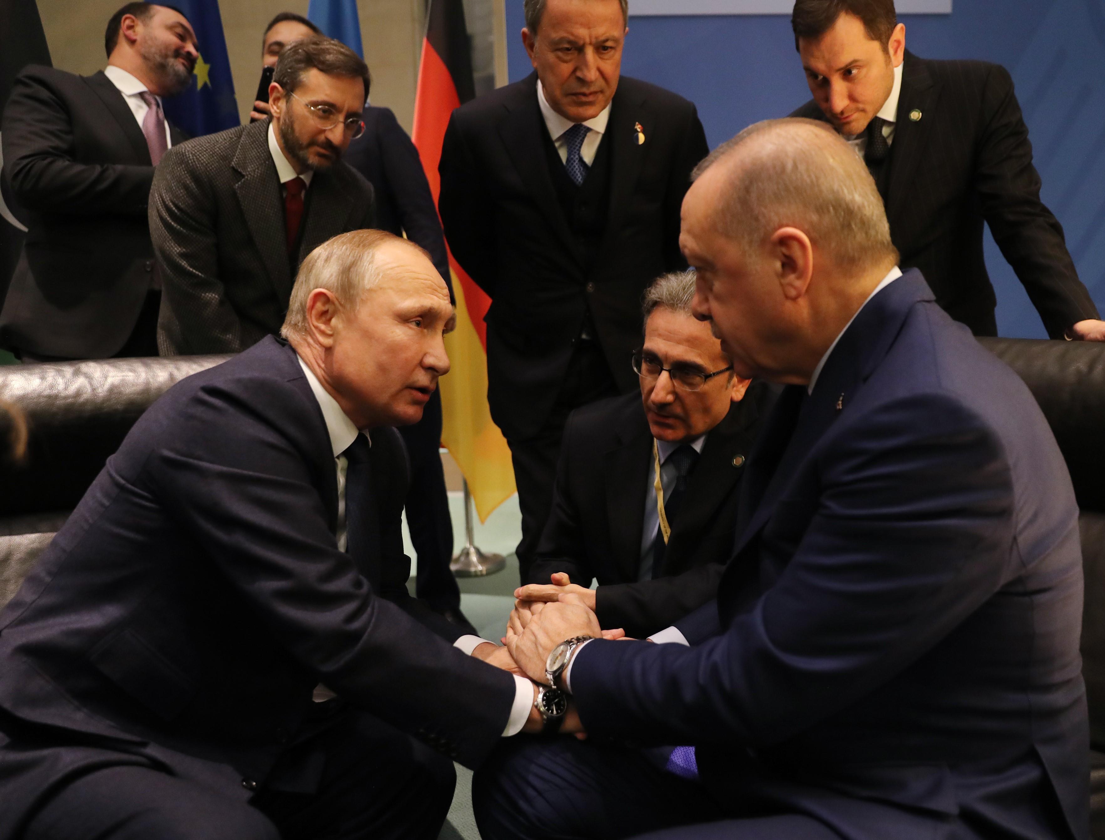 A feszültségek csökkentéséről tárgyaltak a törökök és az oroszok Ankarában