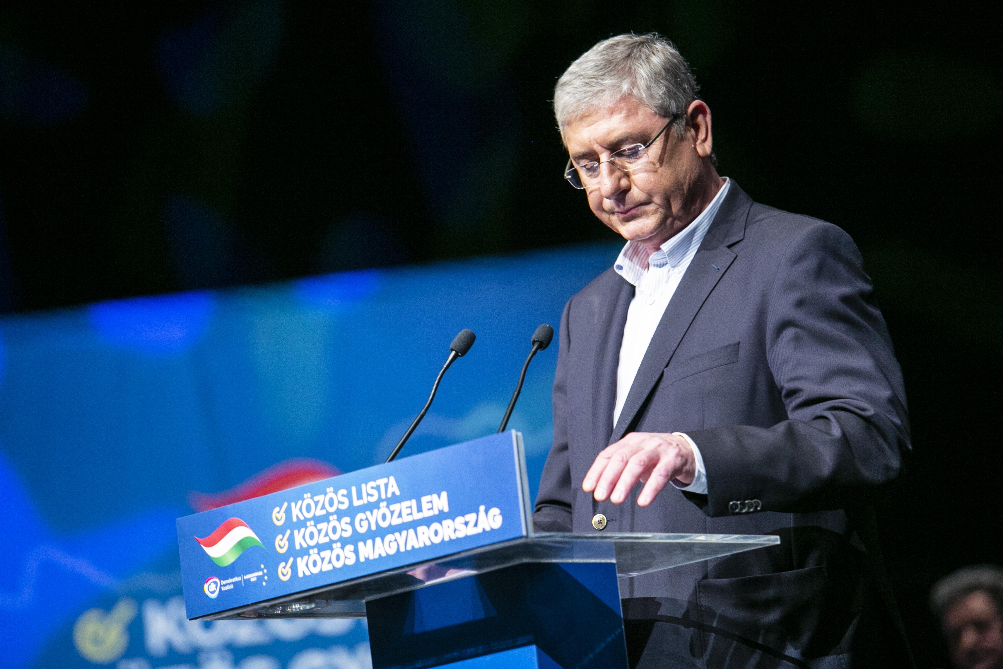 Gyurcsány megígérte, hogy nem lesz sem miniszterelnök, sem kormánytag