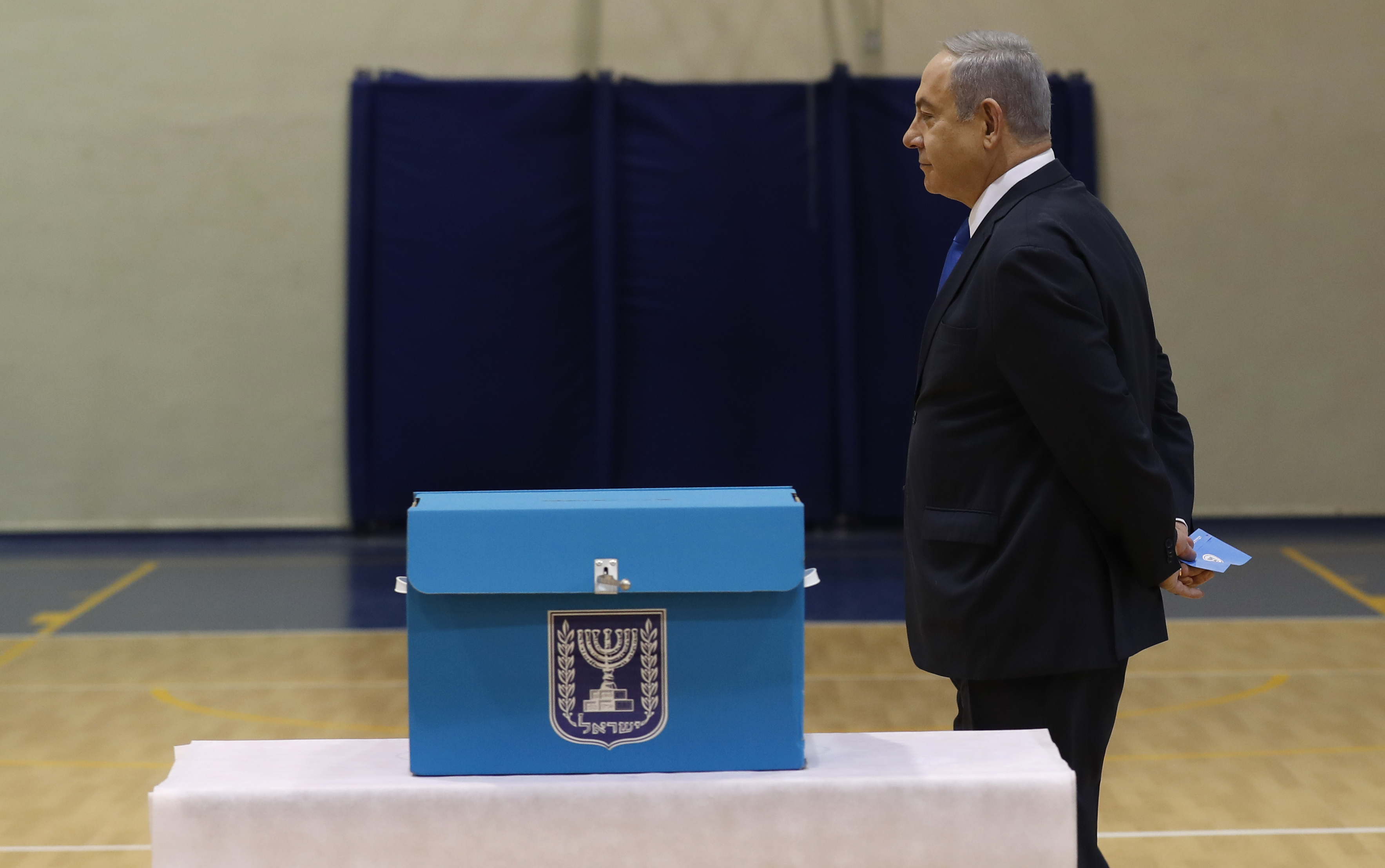 Az exit pollok szerint Netanjahu pártja szerezte a legtöbb mandátumot az izraeli választáson