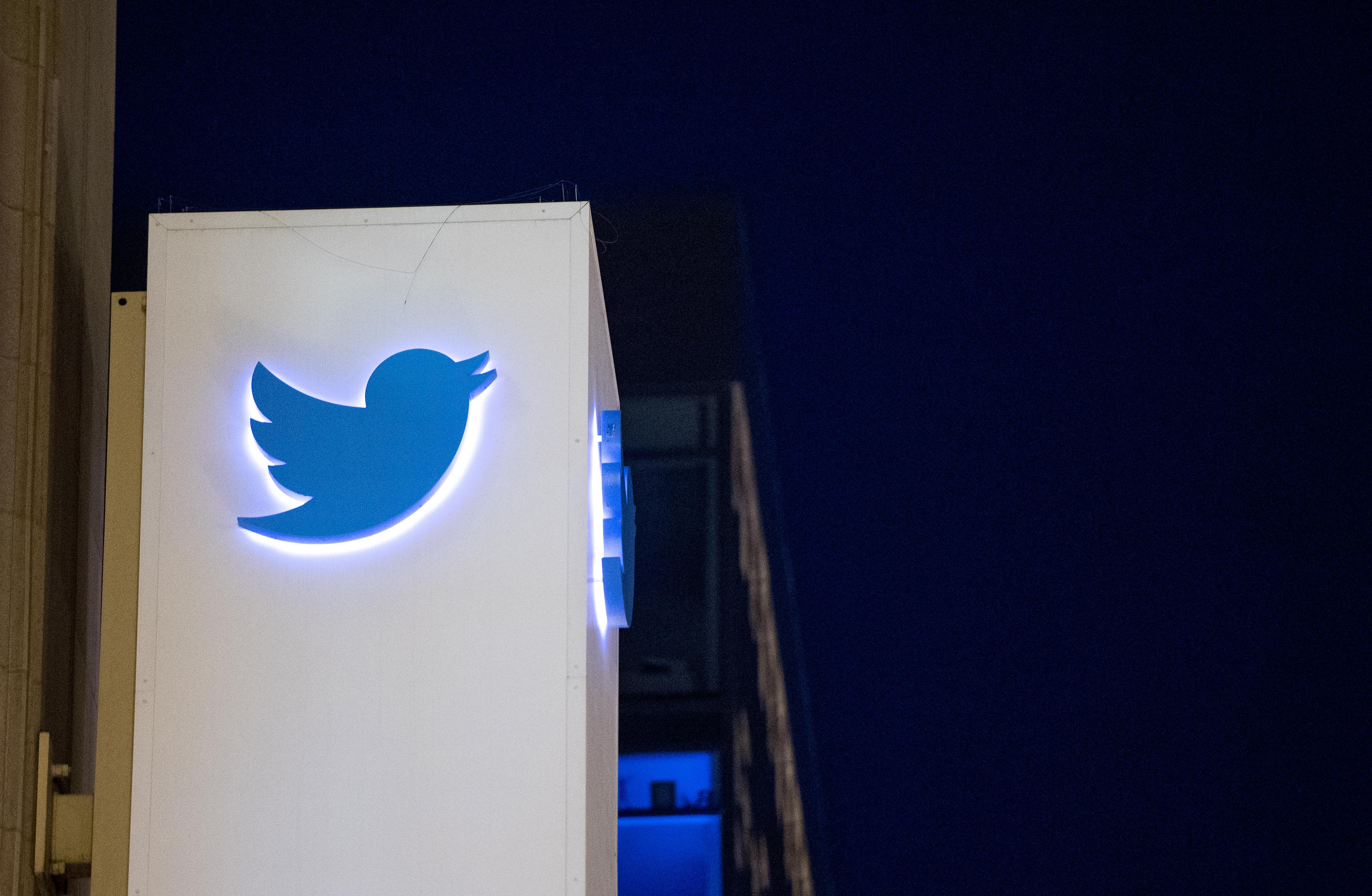 A Twitter törölni fogja a posztokat, amik árthatnak a vakcinák megítélésének
