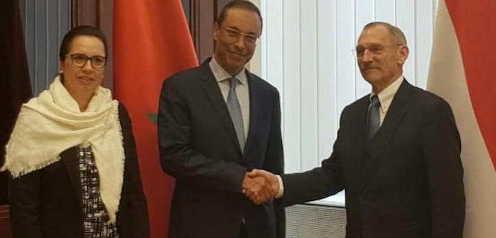 A koronavírusos marokkói külügyminiszter szinte minden magyar kontaktját tesztelték már, csak a szentendrei polgármestert és kollégáit nem