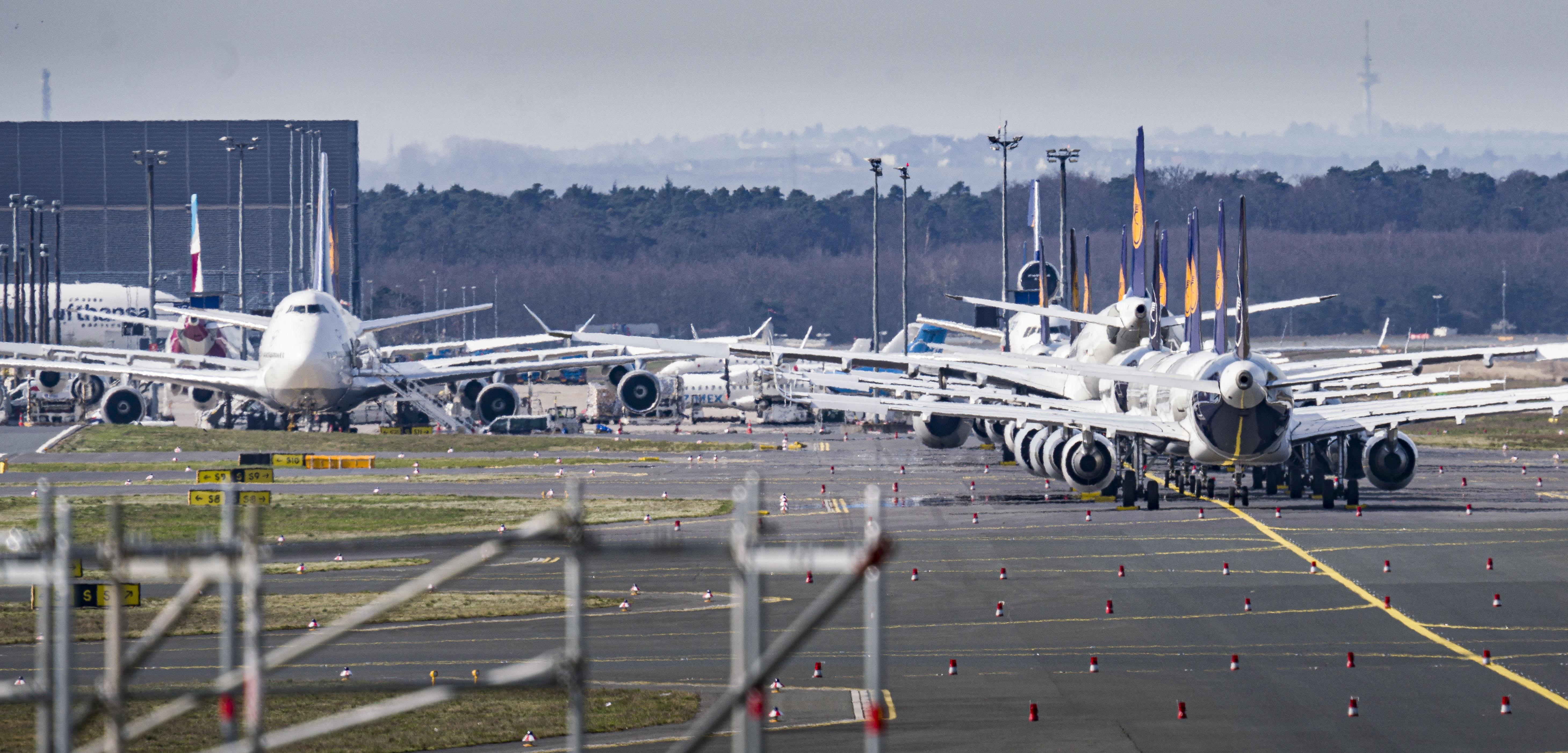 Nem a klímaváltozás, hanem a koronavírus fogja leépíteni a légi közlekedést