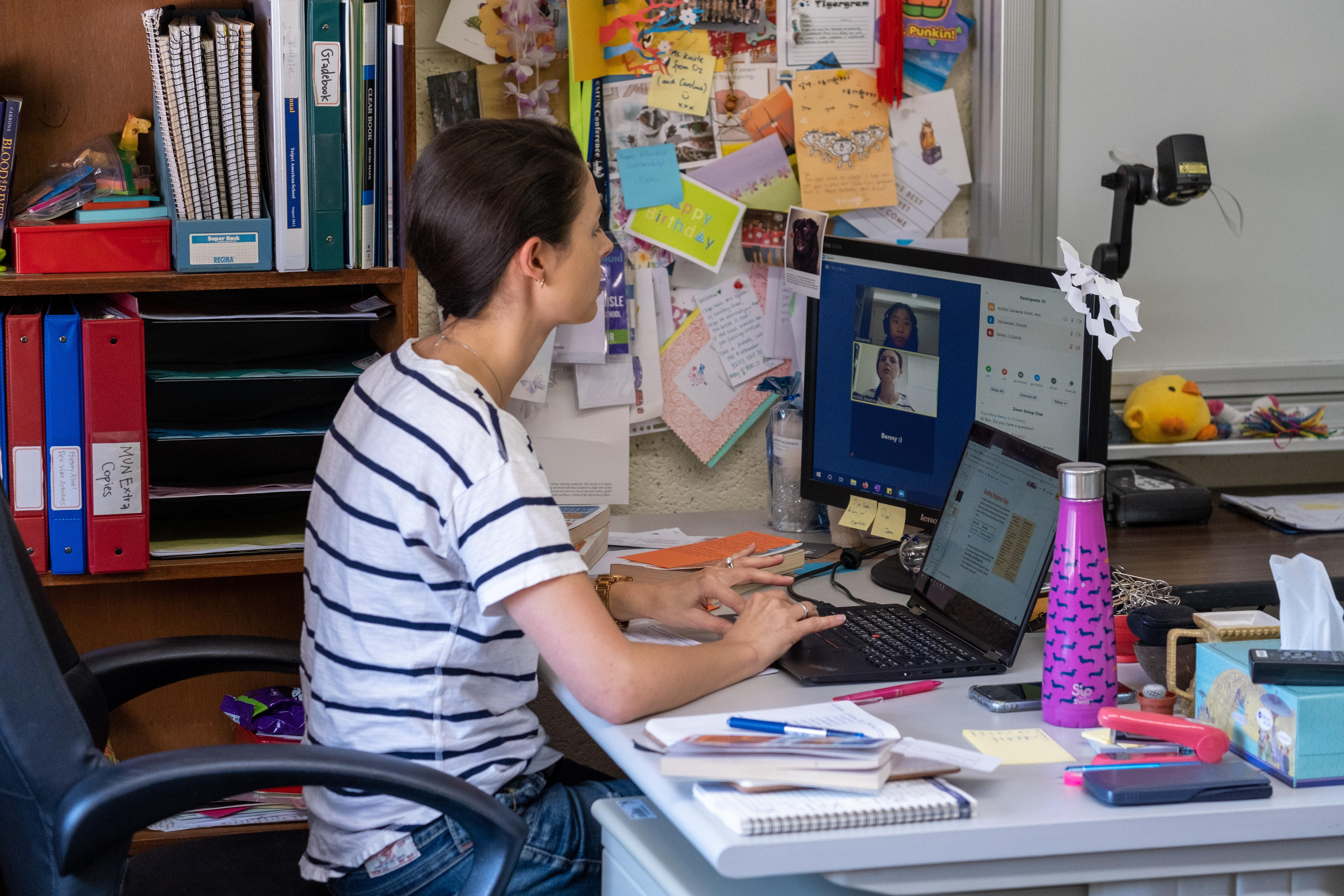 Online oktatás indul az egészségügyben dolgozók gyermekeinek