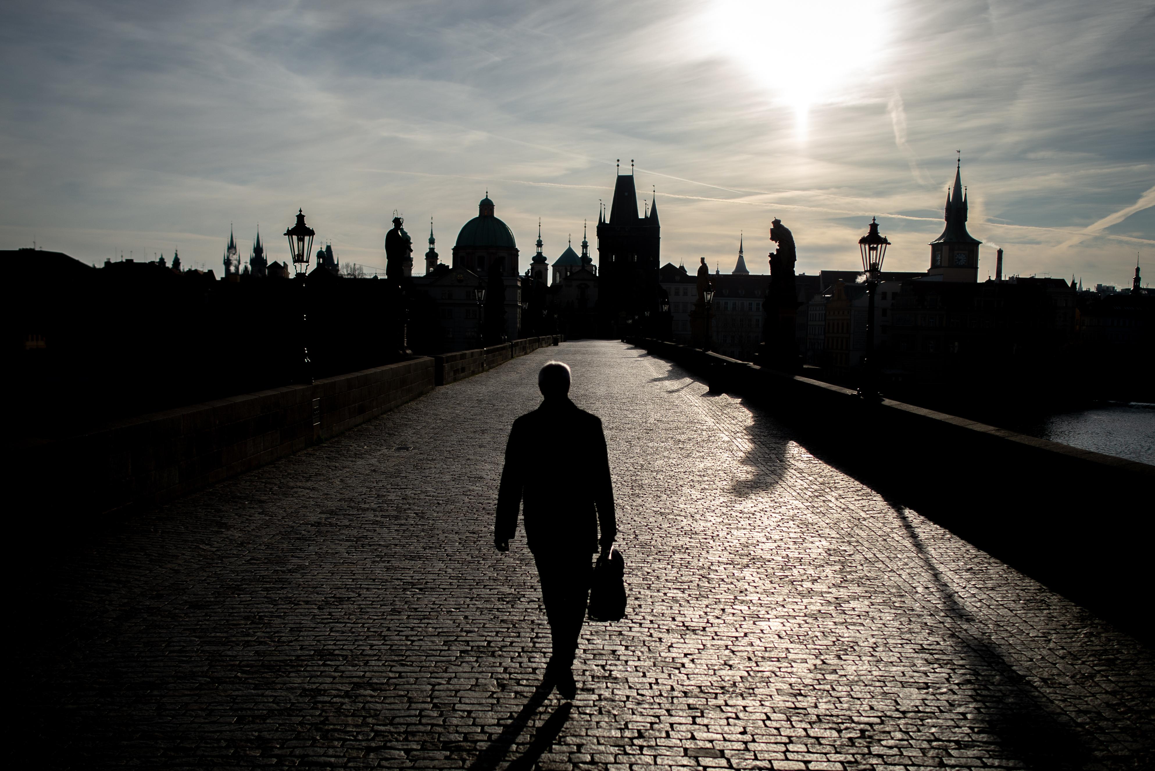 A cseh kormány bértámogatással próbálja elkerülni a tömeges elbocsátásokat