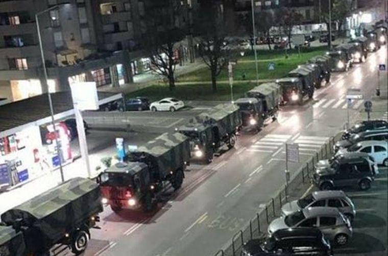 Megrázó fotó Olaszországból: katonai teherautók konvojban szállítják el a halottakat a járvány gócából