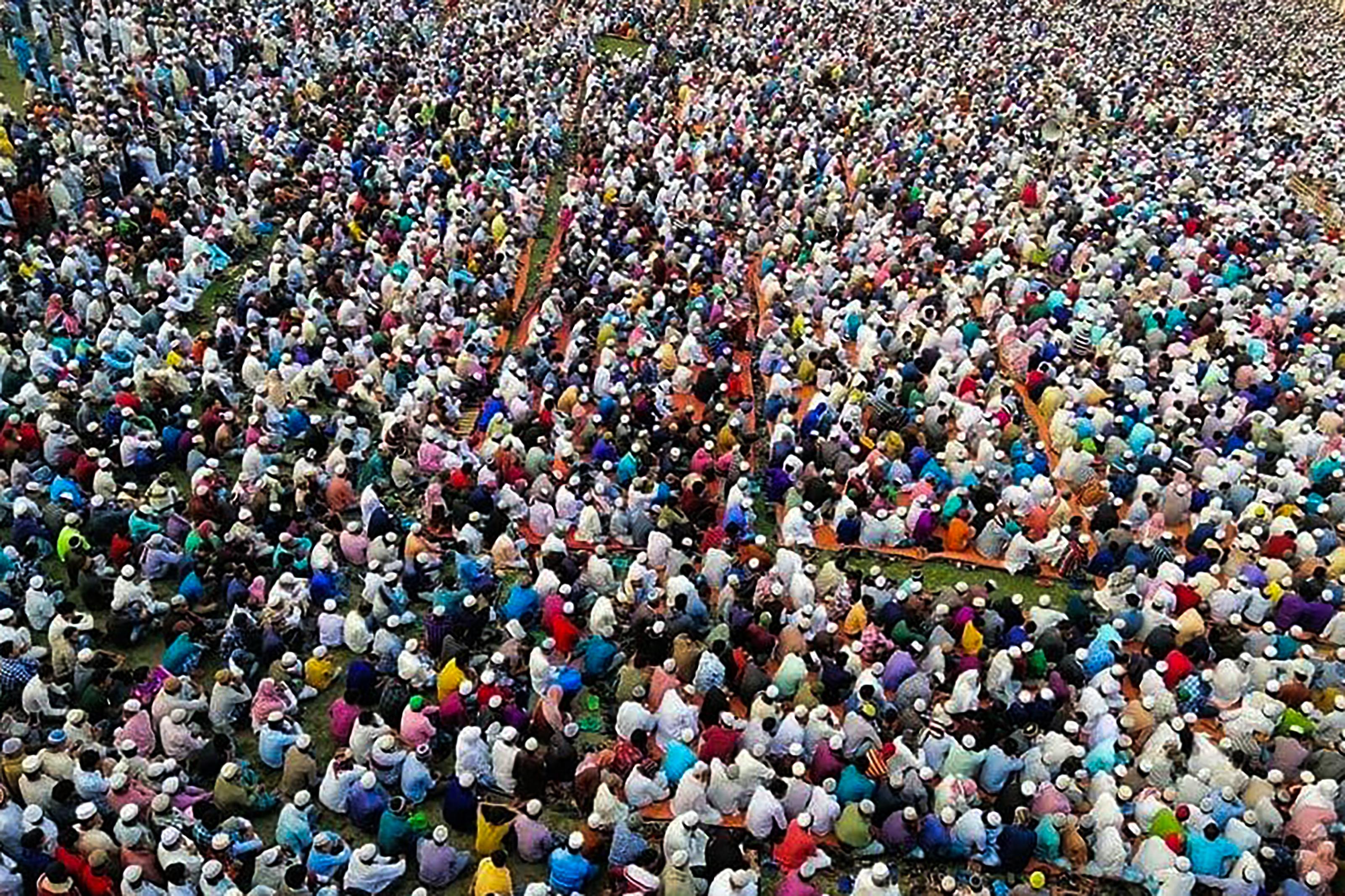 Bangladesben tömeges imádkozást szerveztek a koronavírus ellen