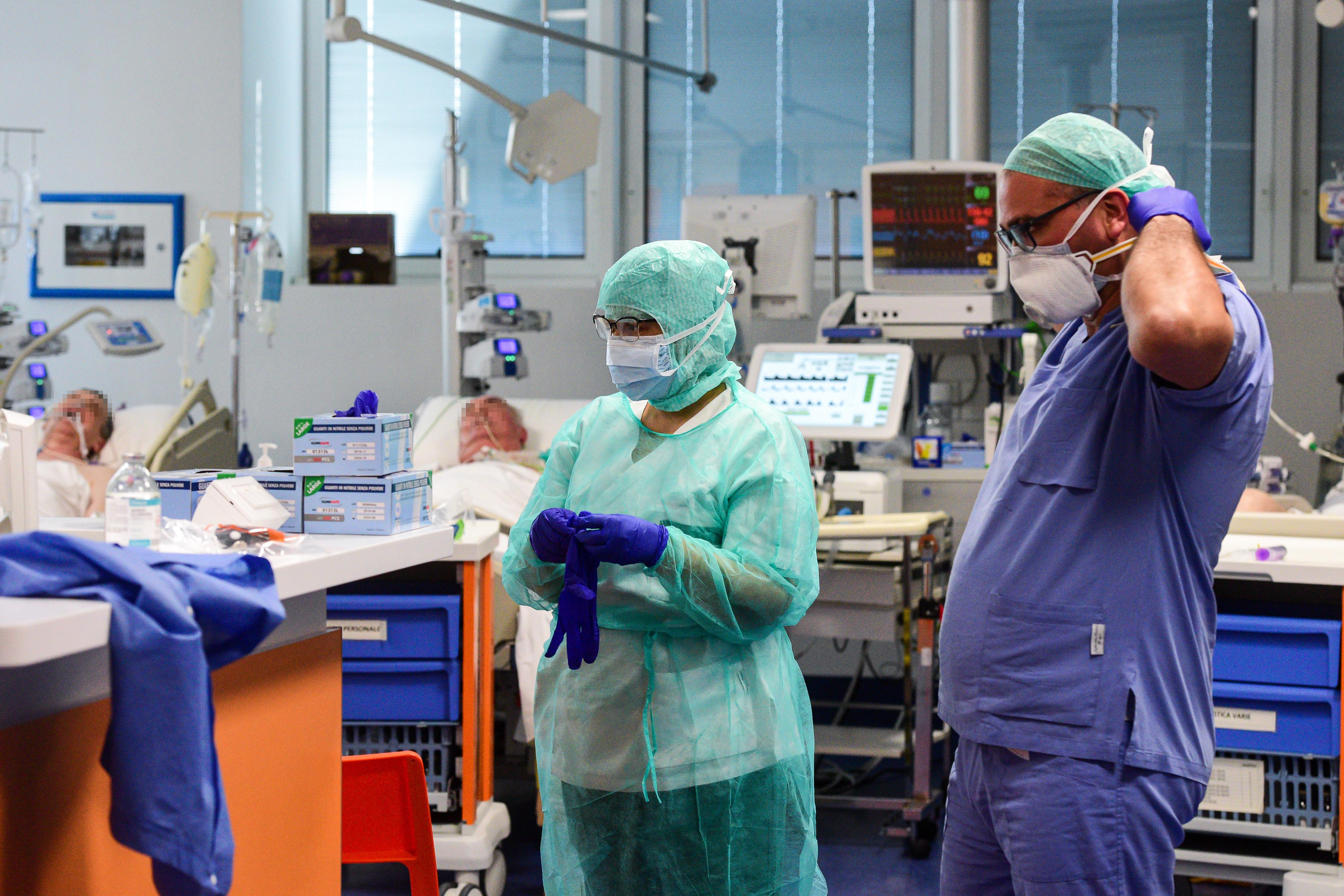 Csaknem kétszáz lélegeztetőgép érkezik hamarosan Kínából