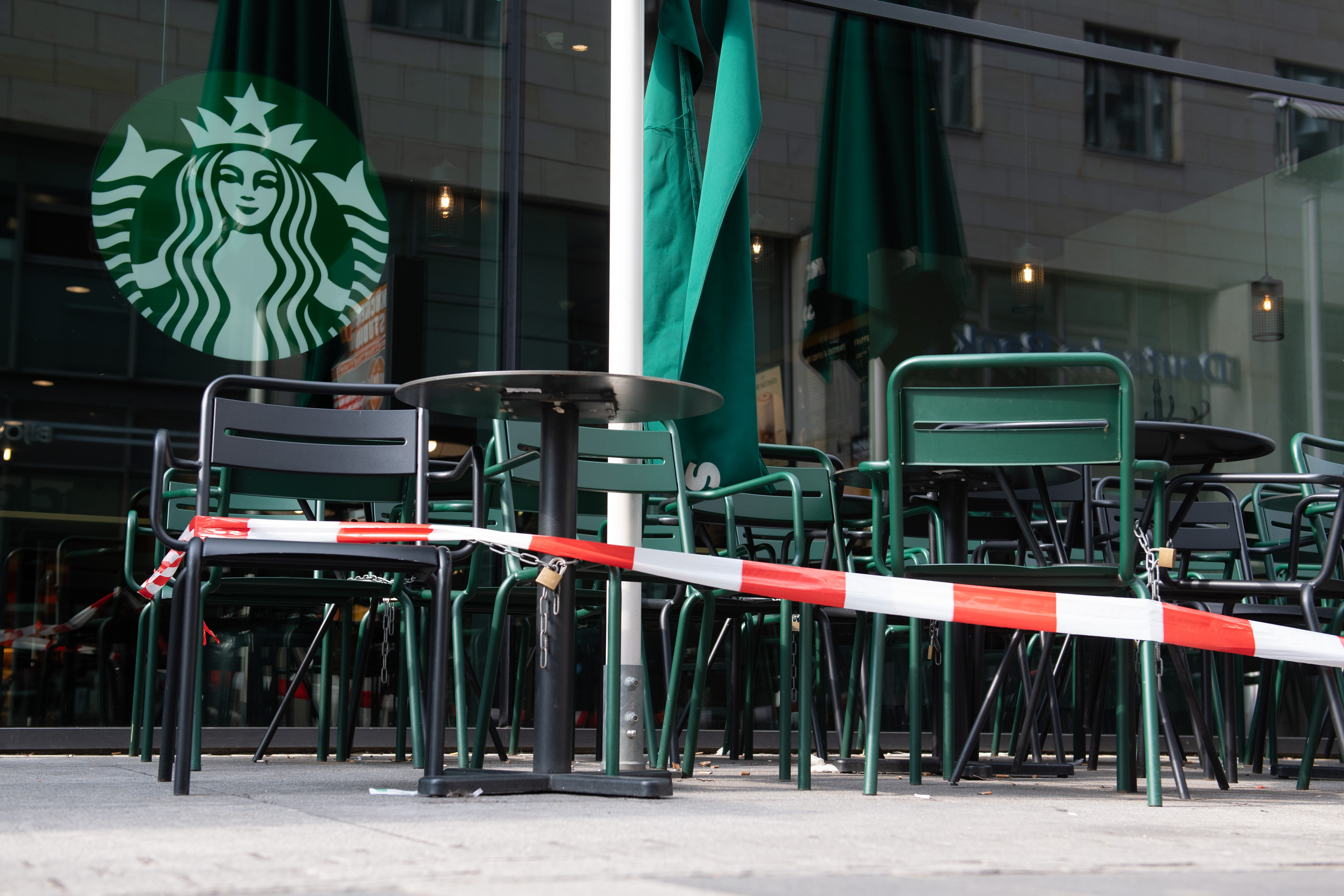 56 embert fertőzött meg egy nő egy dél-koreai Starbucksban