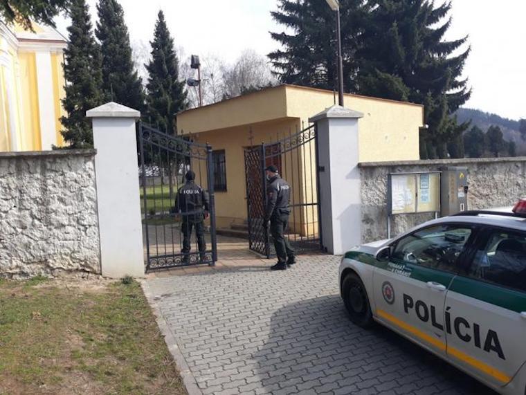 Életveszélyes illegális misét leplezett le a szlovák rendőrség