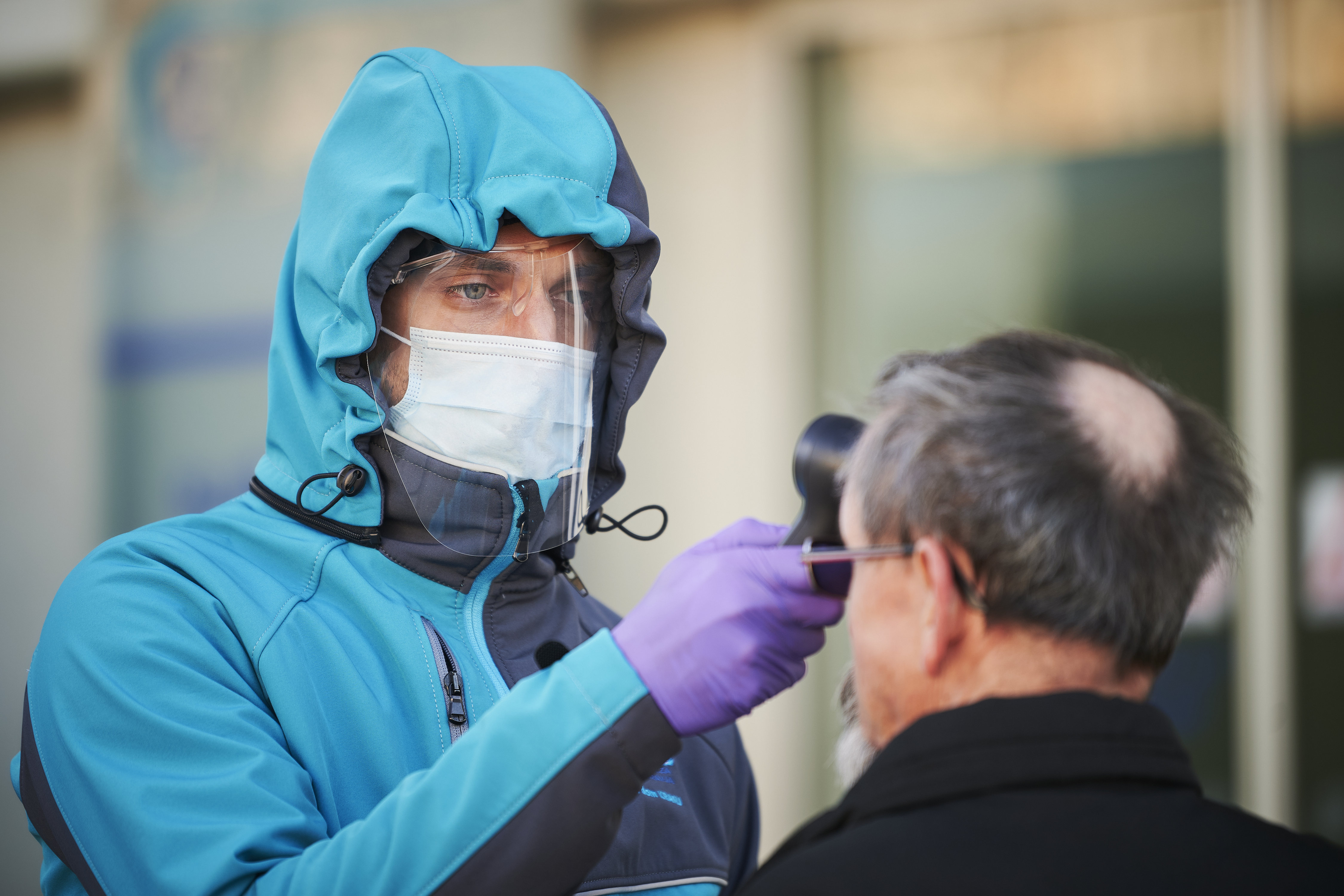 Szlovénia szigorít a beutazási szabályokon, mert megint nő a fertőzöttek száma